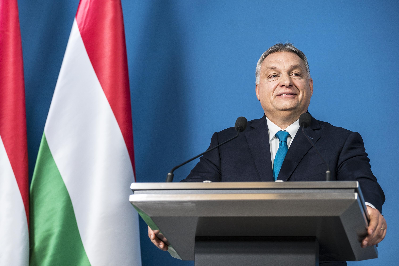 Elege lett a magyar kormányból, lemondott a tiszteletbeli norvég konzul