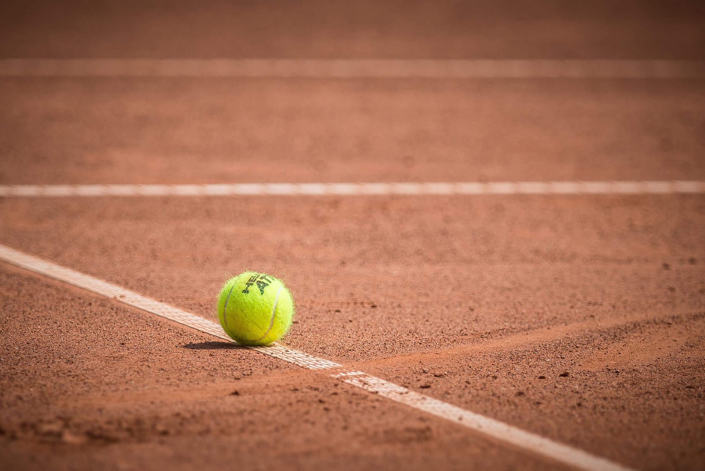 Jégeső pusztított Ausztriában, volt, ahol teniszlabda nagyságú darabok estek