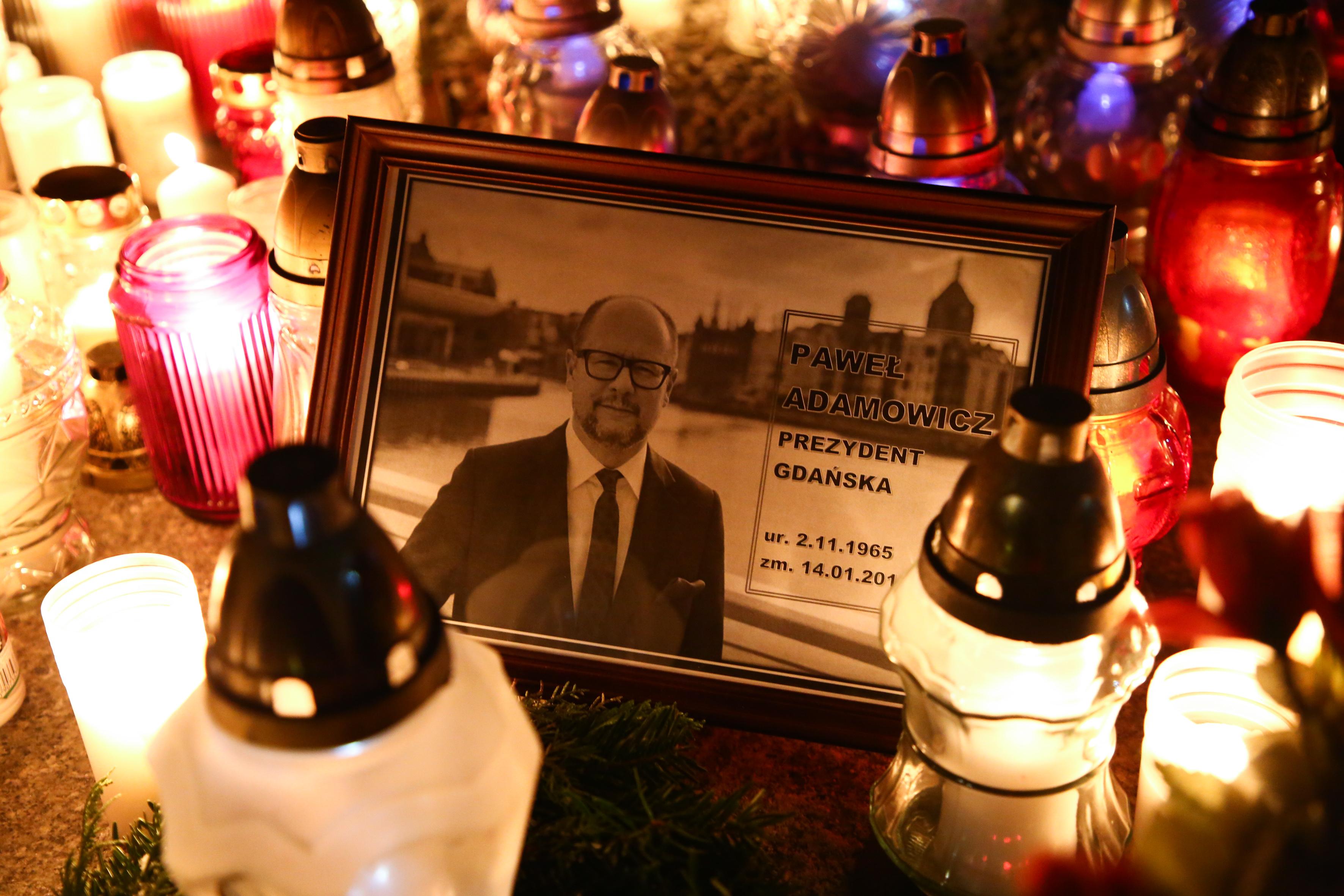 A gdanski főpolgármester gyilkosa más erőszakos akciókat is tervezett
