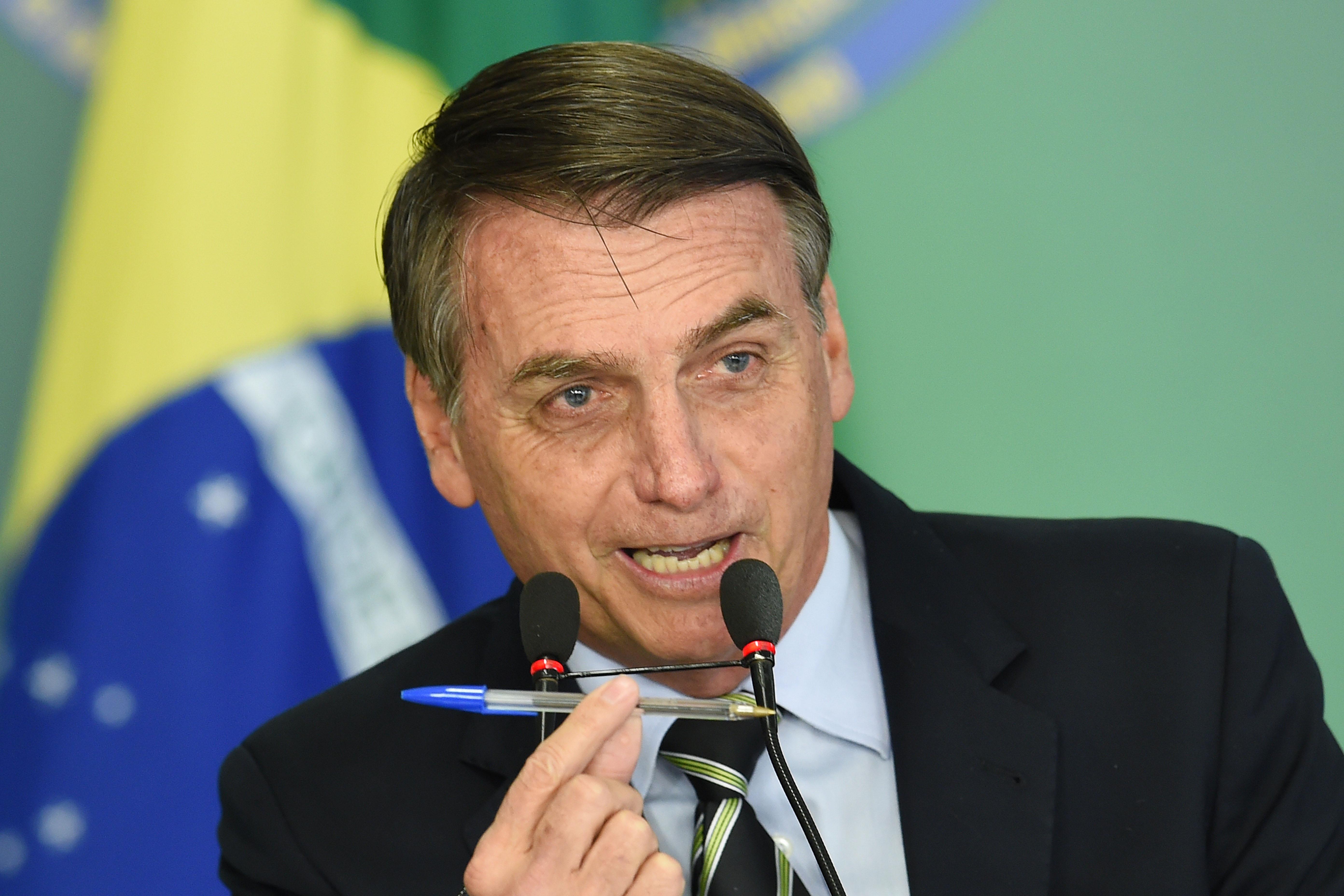 39 kiló kokaint találtak Bolsonaro elnök katonai küldöttségének pilótájánál