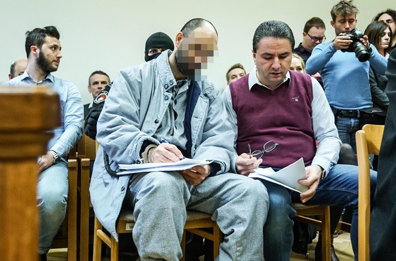 Meghosszabbították Ahmed H. idegenrendészeti őrizetét