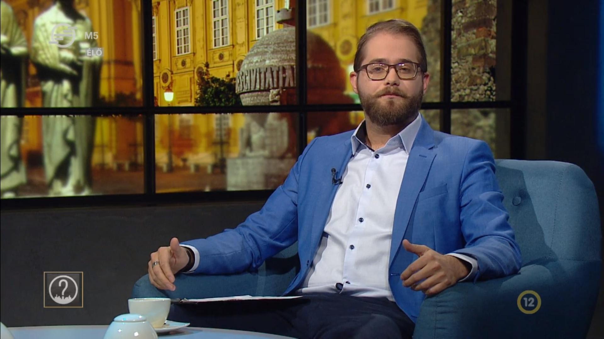 Trombitás Kristóf köztévés műsorában most arról volt szó, hogy a Waffen SS Budapesten harcoló katonái is megérdemlik a hősi jelzőt