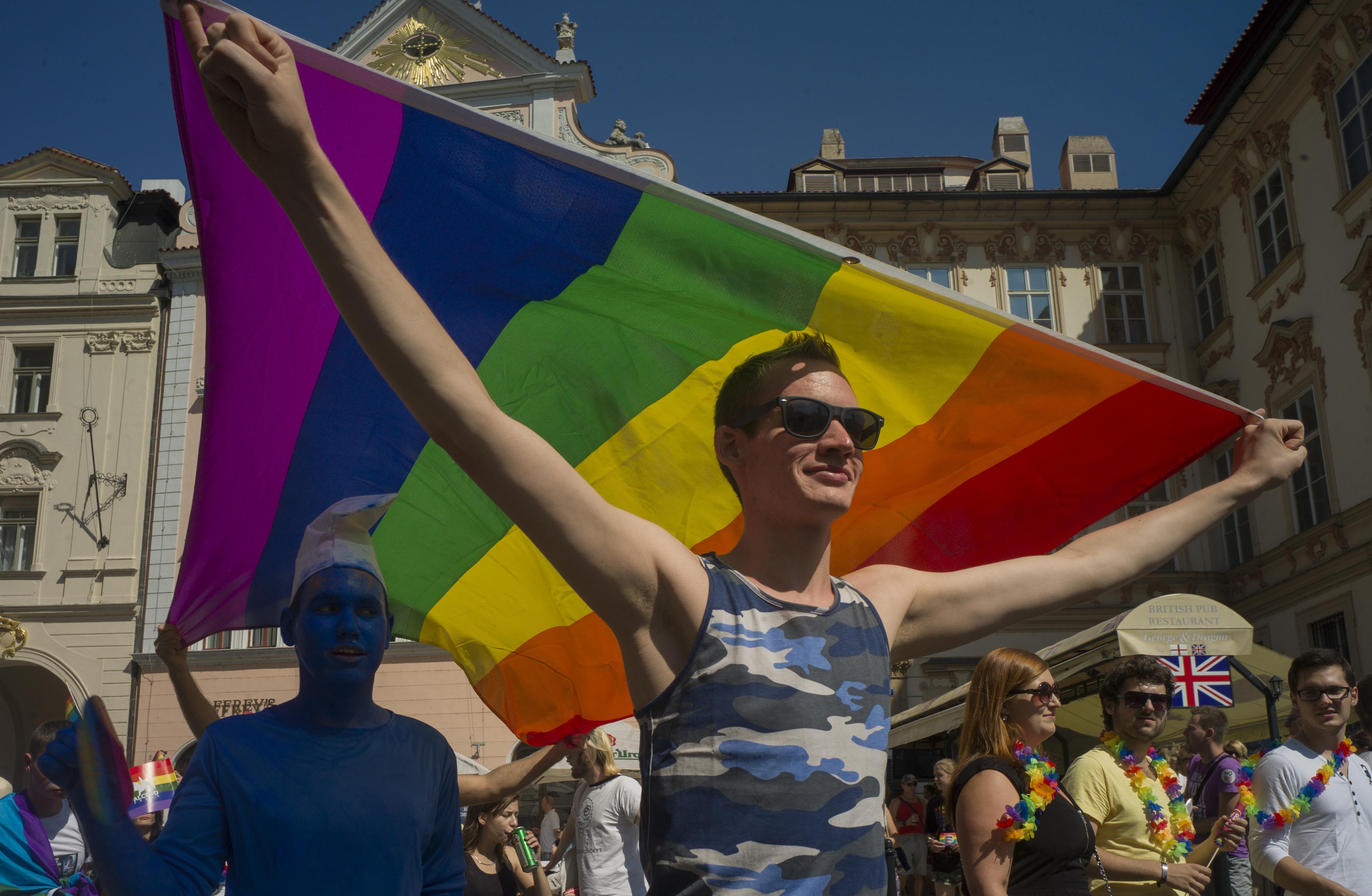 Harminc nagykövetség állt ki a szombati Pride mellett