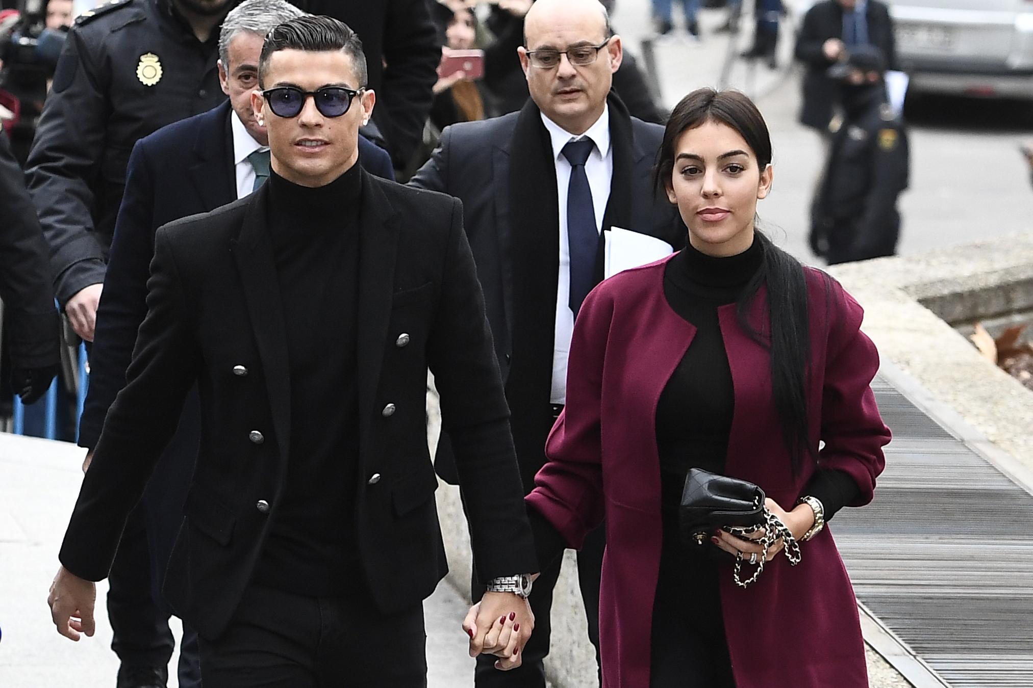 Cristiano Ronaldo nem megy börtönbe, megegyezett az adóhatósággal