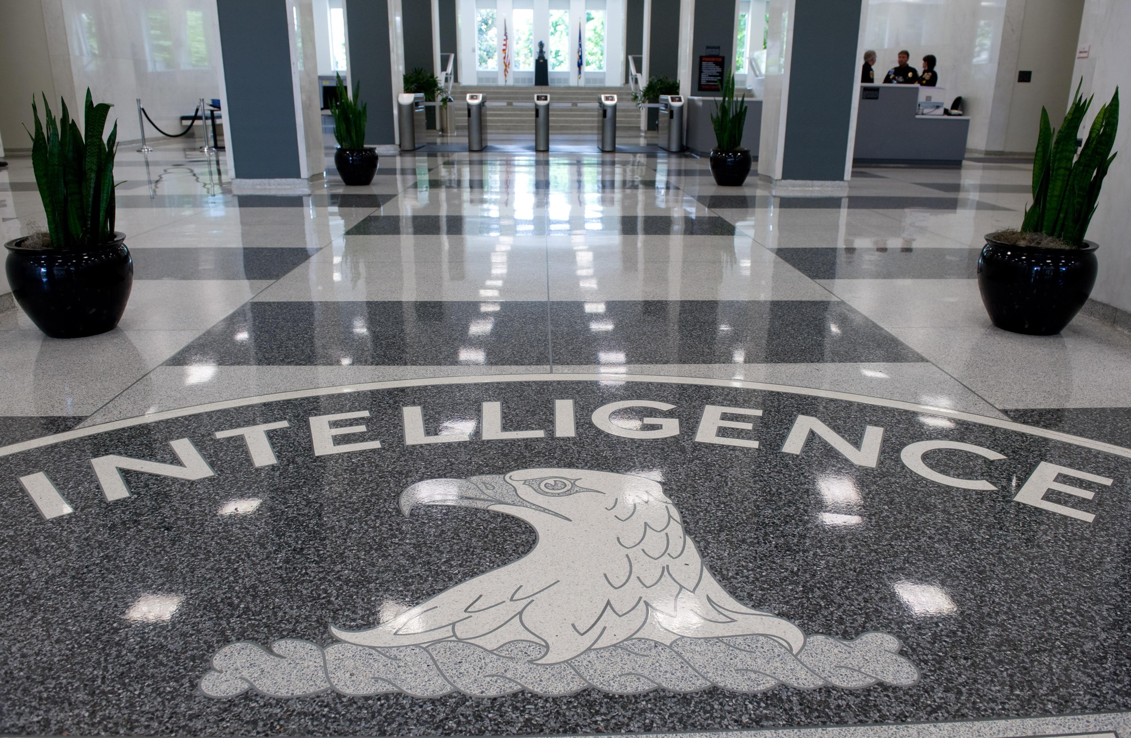 Húsz év börtönre ítélték a volt CIA-ügynököt, aki Kínának kémkedett, de olyan béna volt, hogy a saját telefonja buktatta le