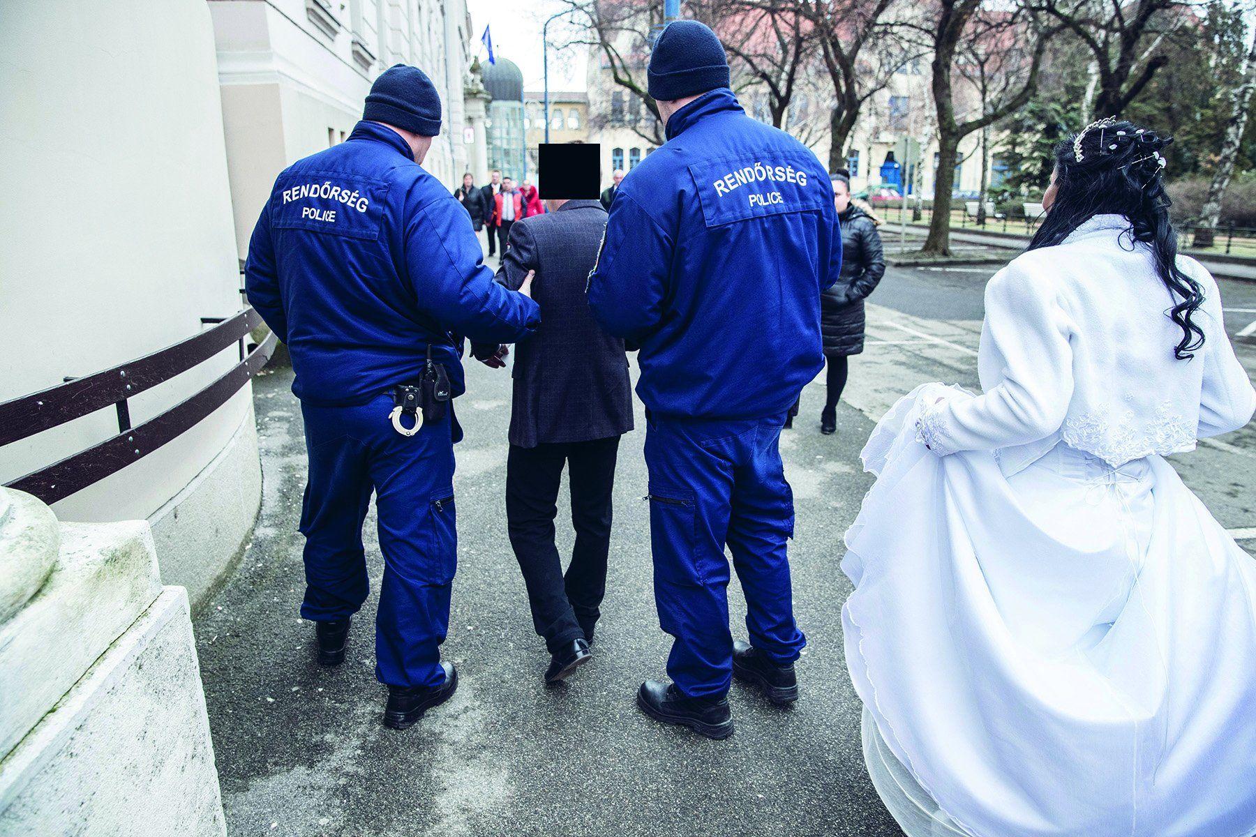 A házasságkötő terem előtt tartóztatták le a vőlegényt