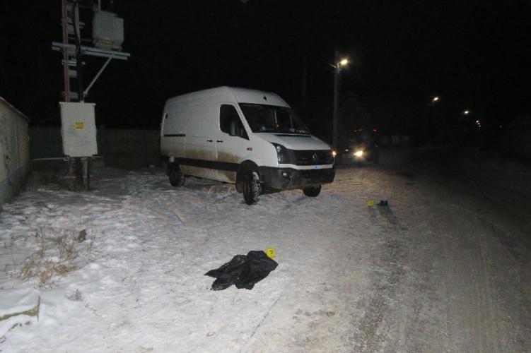 Csaba és Sándor, a két jómadár megpróbáltak kocsit lopni Turán, de olyan bénák voltak, hogy még az útszéli tábla is kifogott rajtuk