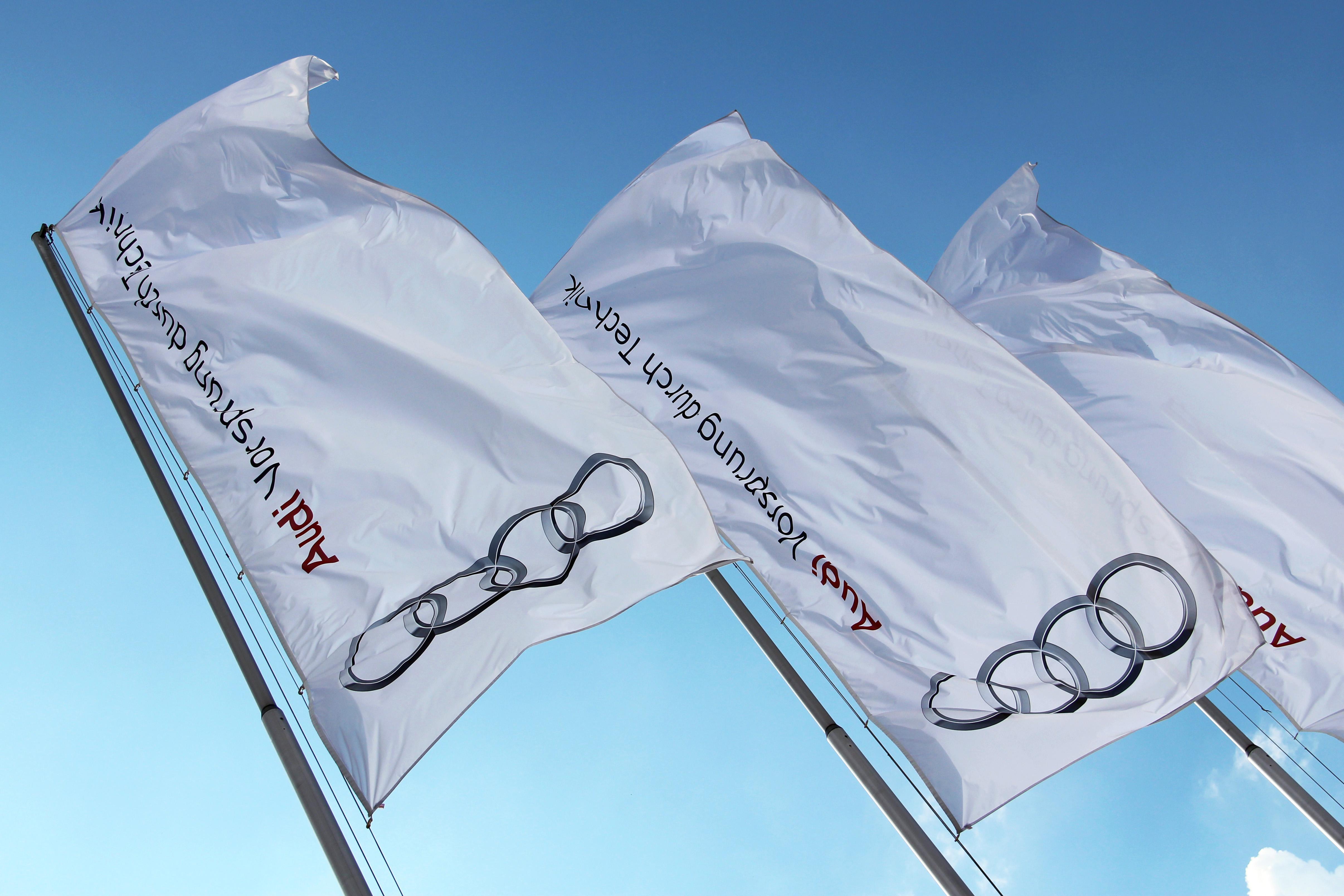 Vége a sztrájknak, megállapodott az Audi és a szakszervezet