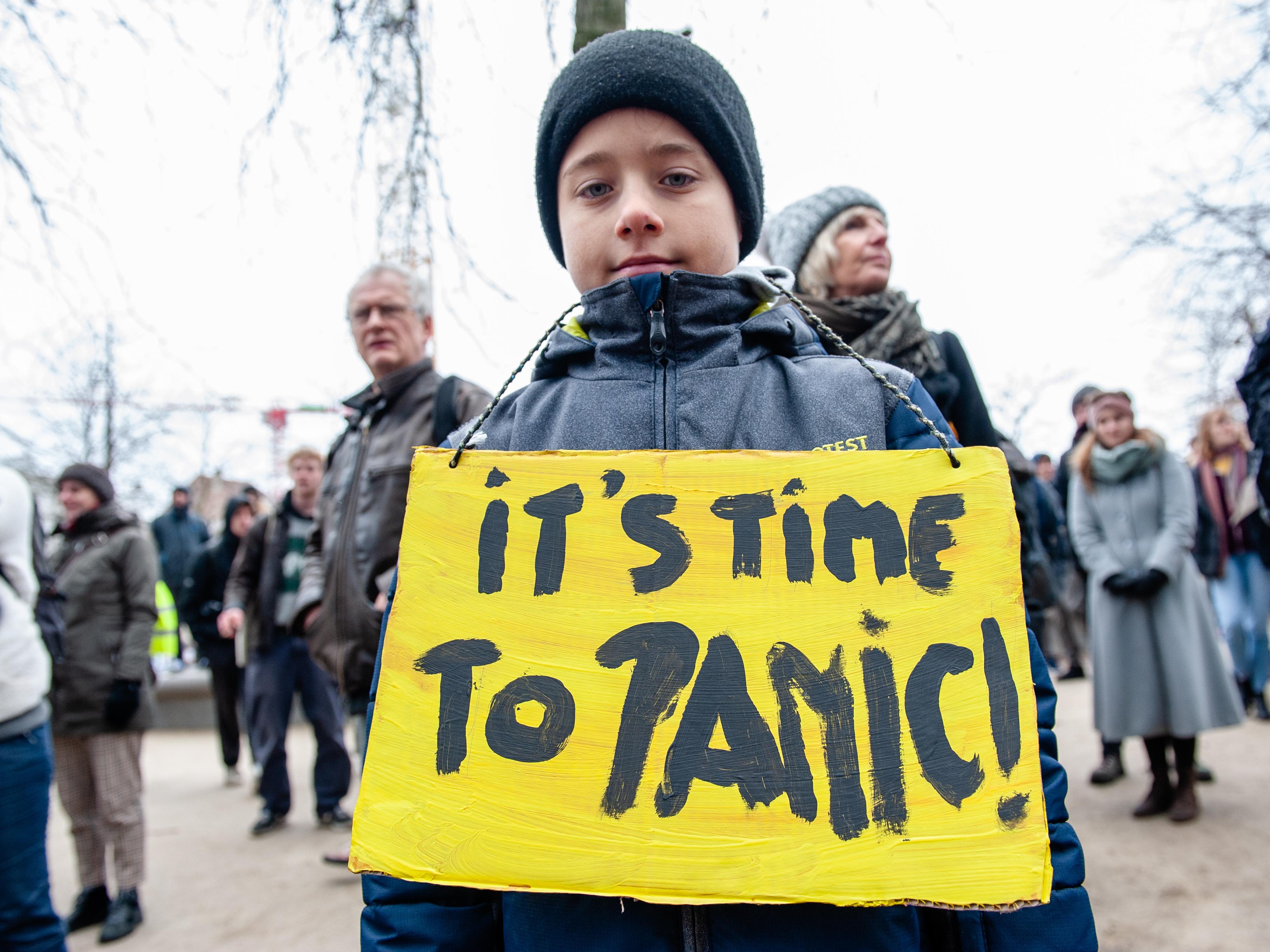 Megint több 10 ezer fiatal tüntetett a klímaváltozás elleni fellépést követelve Belgiumban