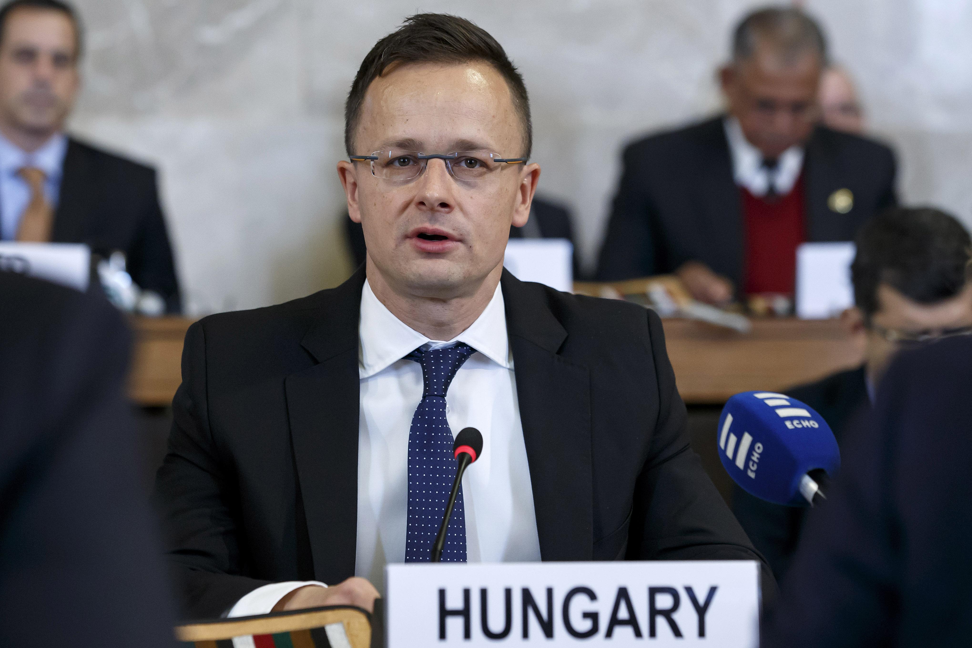 Szijjártó tényleg nem támogatja, hogy az EU közös nyilatkozattal tárgyaljon az arab államokkal az illegális migráció elleni küzdelemről