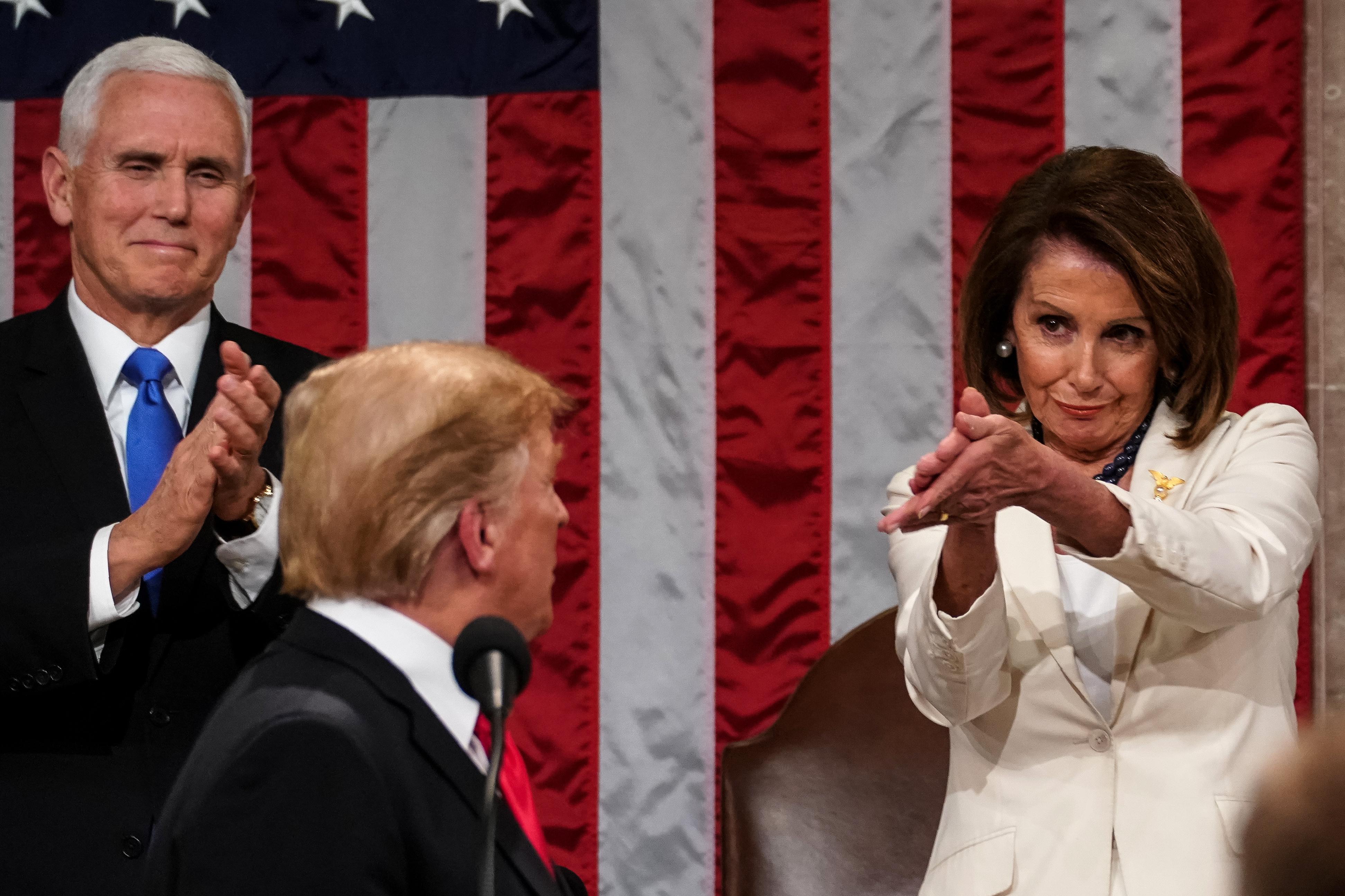 A demokraták jogszabályban korlátoznák Trump jogát az Irán elleni háború megindítására