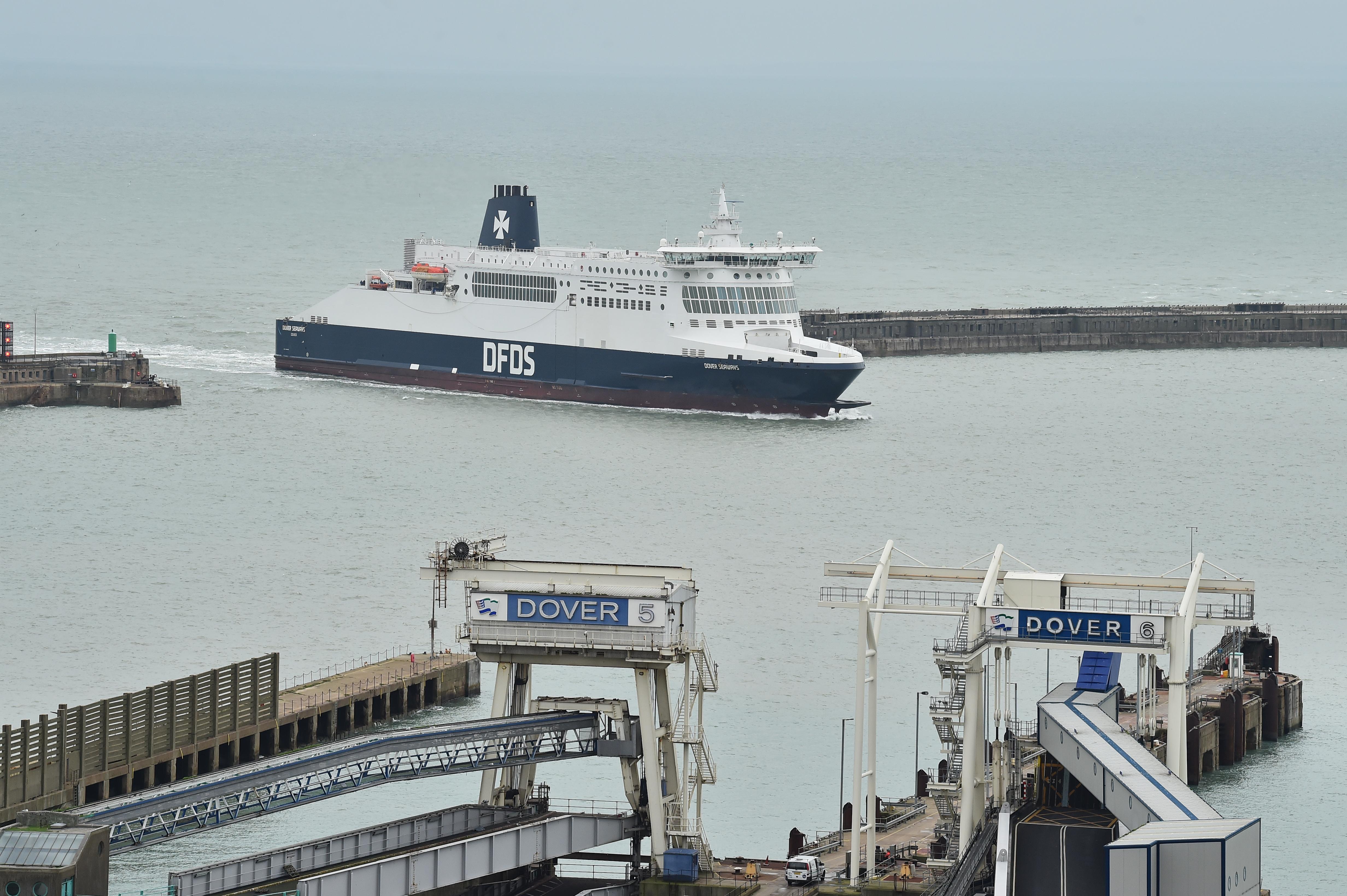 A brit kormány véletlenül egy olyan céget bízott meg kompozási feladattal a brexit utánra, amelynek nincsenek hajói