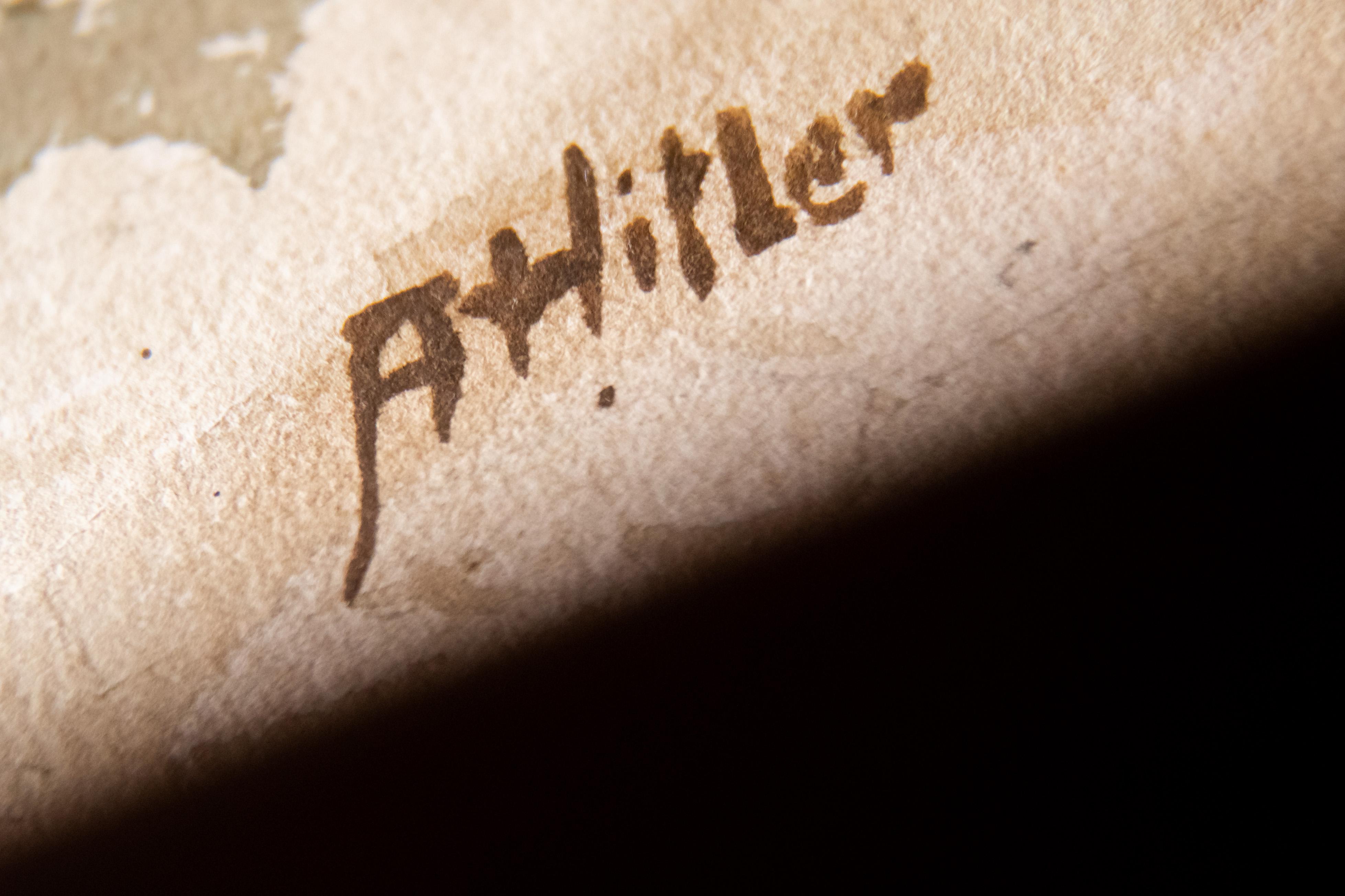 Kudarcba fulladt a nürnbergi Hitler-aukció
