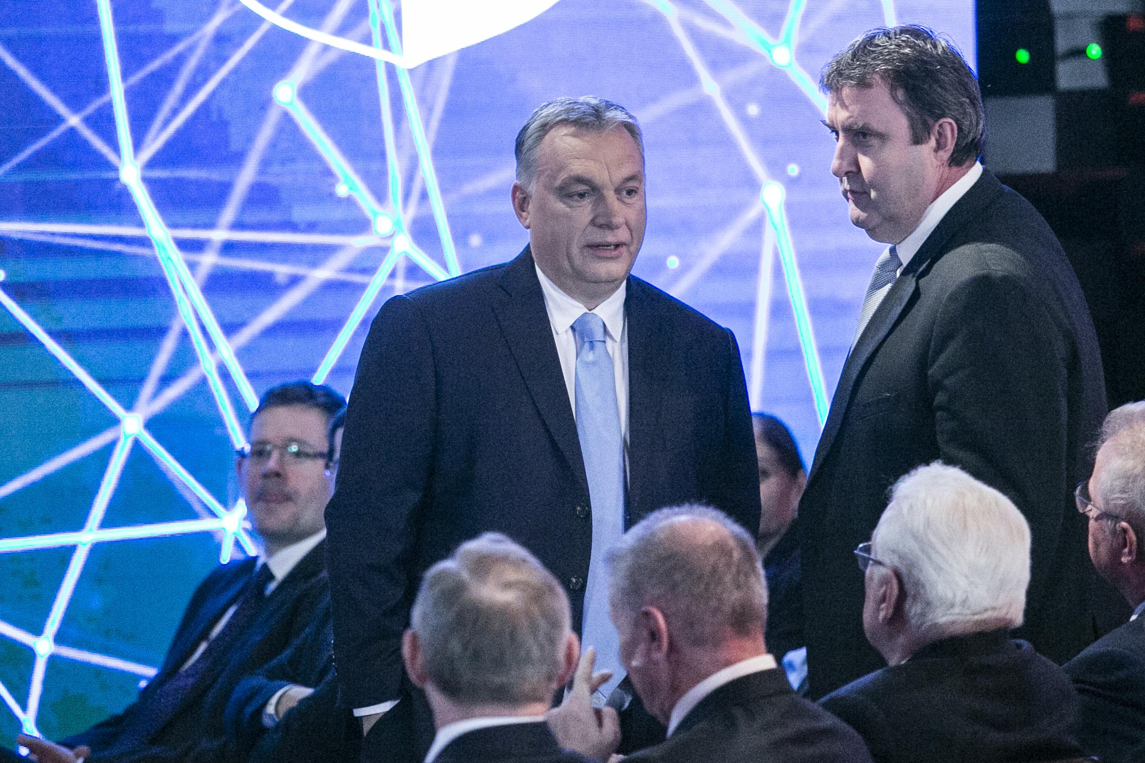Palkovics benyújtotta lemondását, Orbán visszaszólt, hogy ezt felejtse el