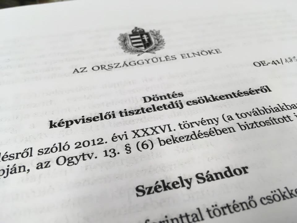 Kövér László döntött: egyhavi fizetést vesz el a túlóratörvény ellen tiltakozó ellenzéki képviselőktől