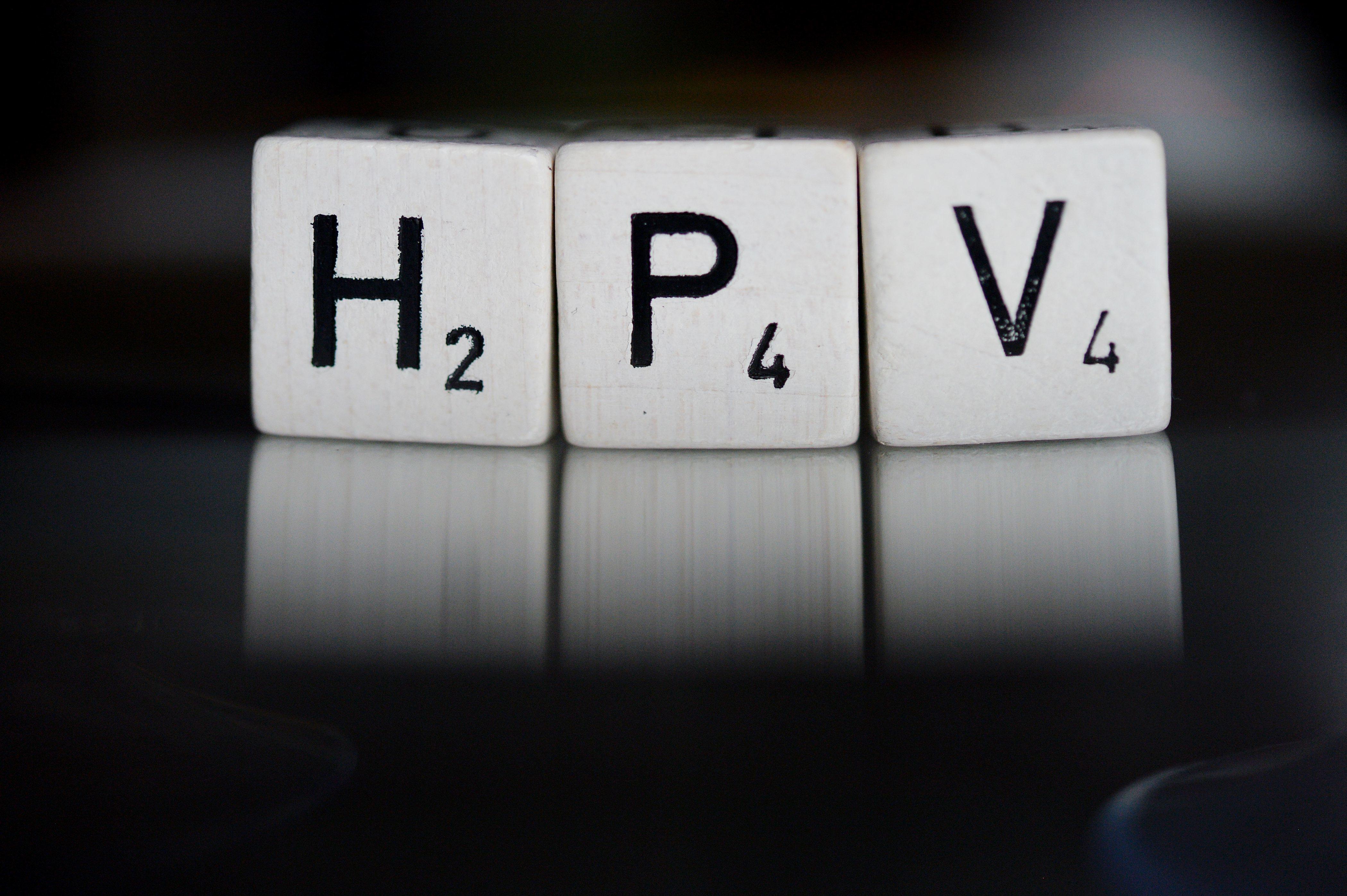 A kormány azt tervezi, hogy az általános iskolás fiúk is kapnak HPV-oltást