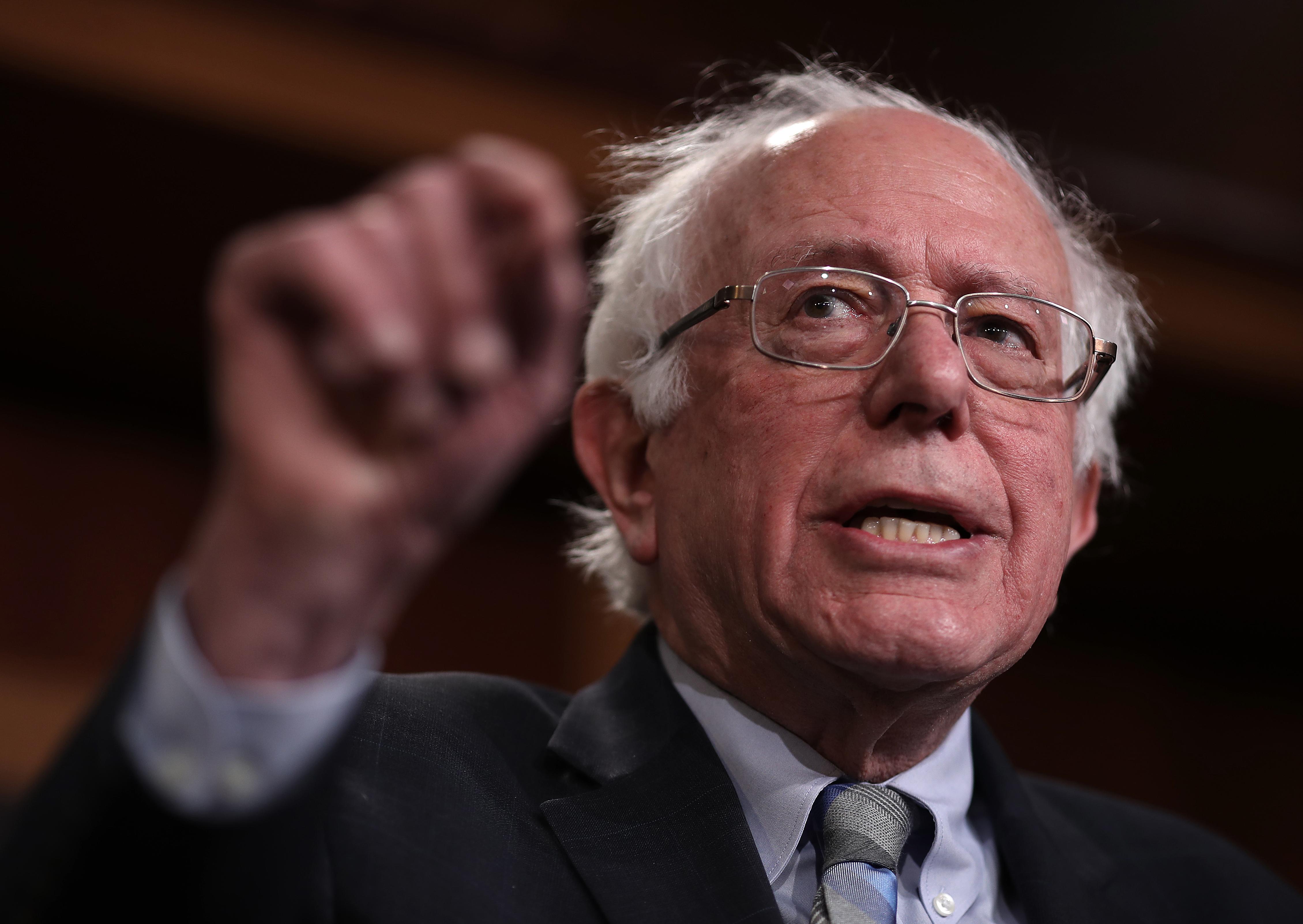 Bernie Sanders hivatalosan is bejelenti, hogy indul az elnökségért