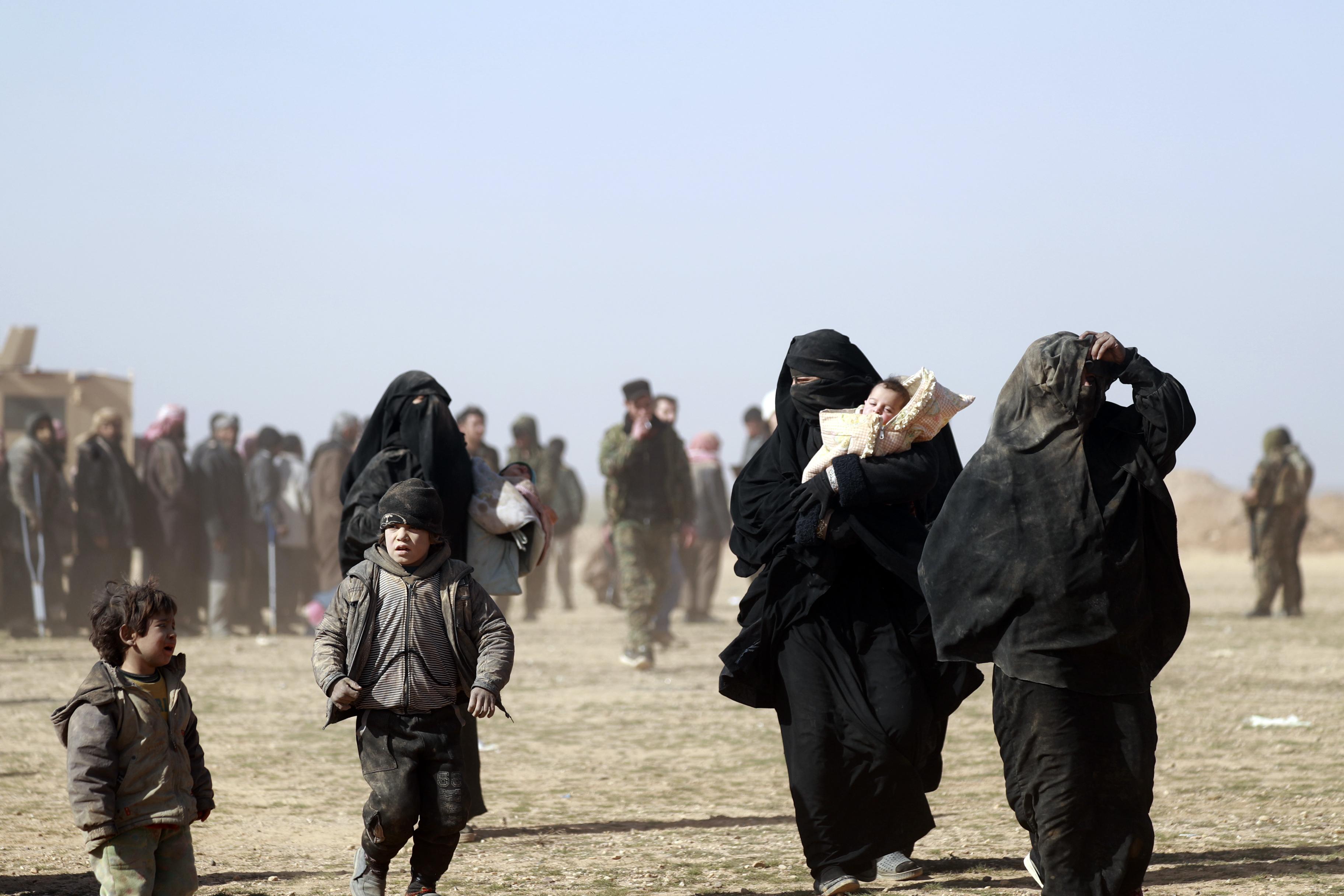 Trump nem engedi vissza az USA-ba az ISIS-hez Alabamából csatlakozó nőt