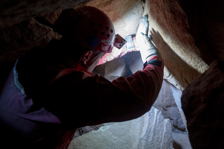 Barlangi mentők hoztak ki egy férfit a Pilisborosjenő melletti  Papp Ferenc barlangból