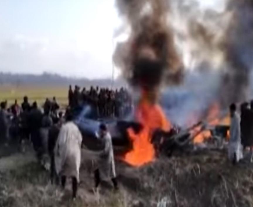 Pakisztán kilőtt két indiai vadászgépet Kasmír fölött