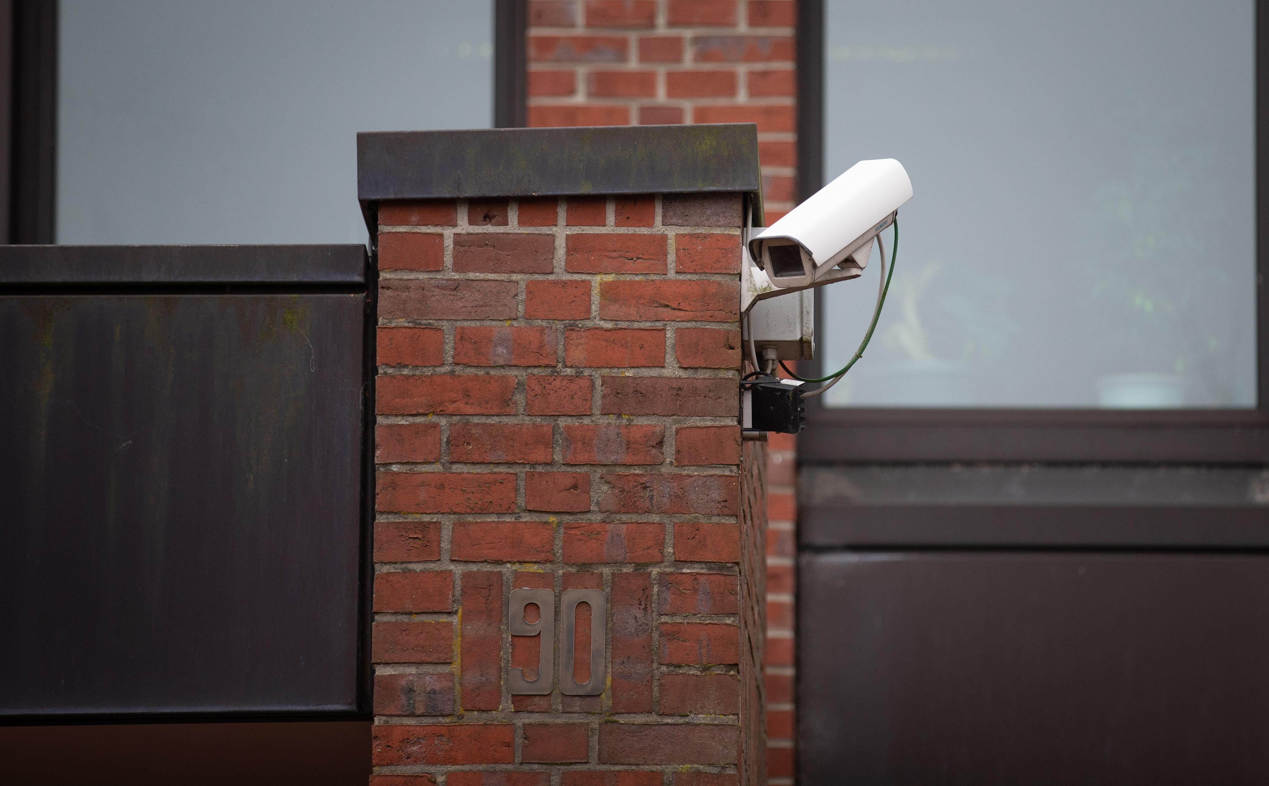 Térfigyelő kamerákkal üldözik az adósokat Oroszországban