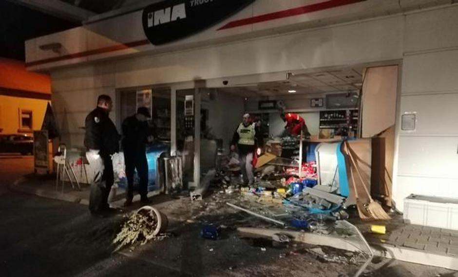 Mészáros Lőrinc horvát klubjának játékosa részegen szándékosan belehajtott egy benzinkútba