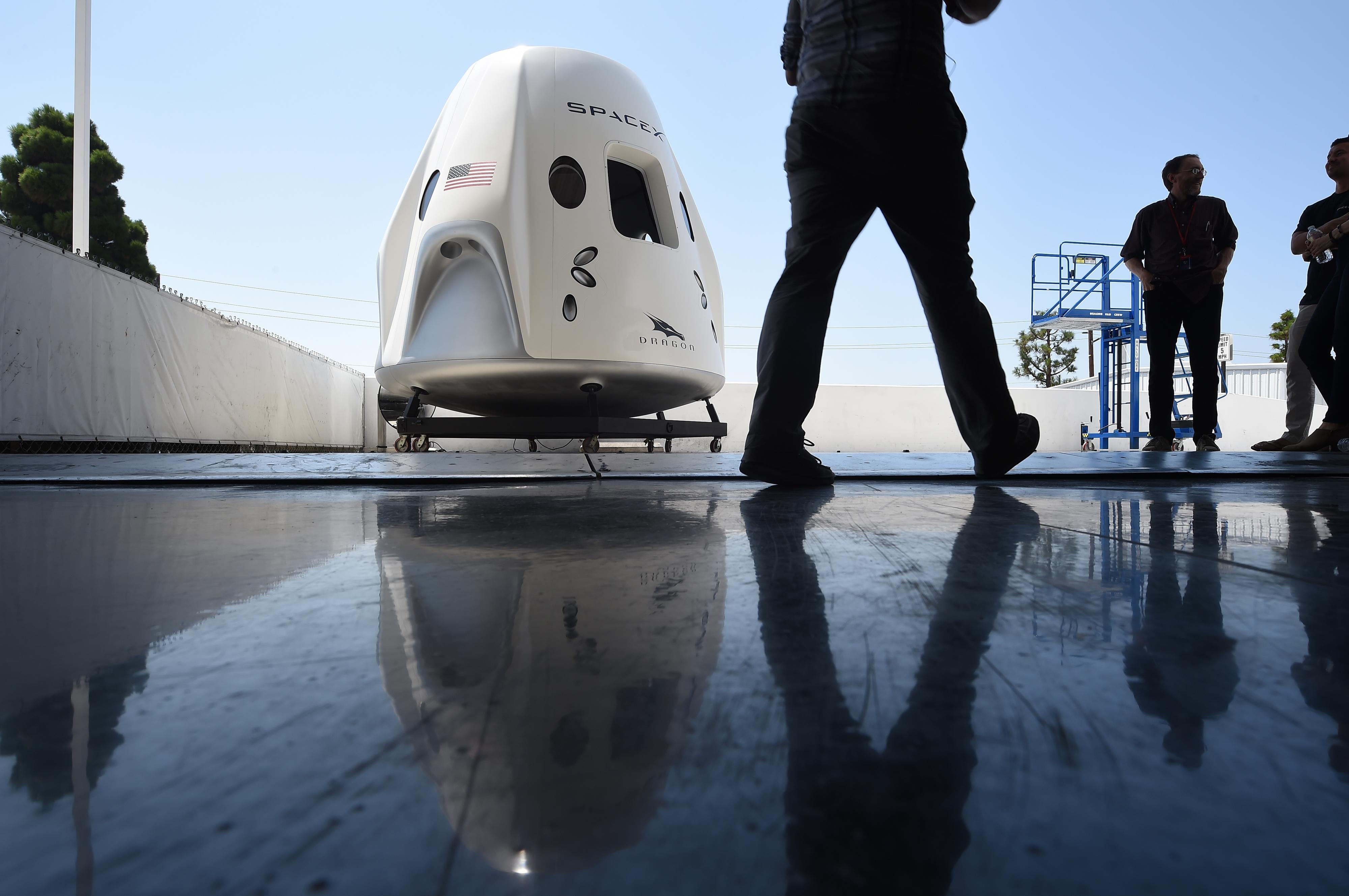 Sikeresen kapcsolódott az ISS űrállomáshoz a SpaceX Sárkánya