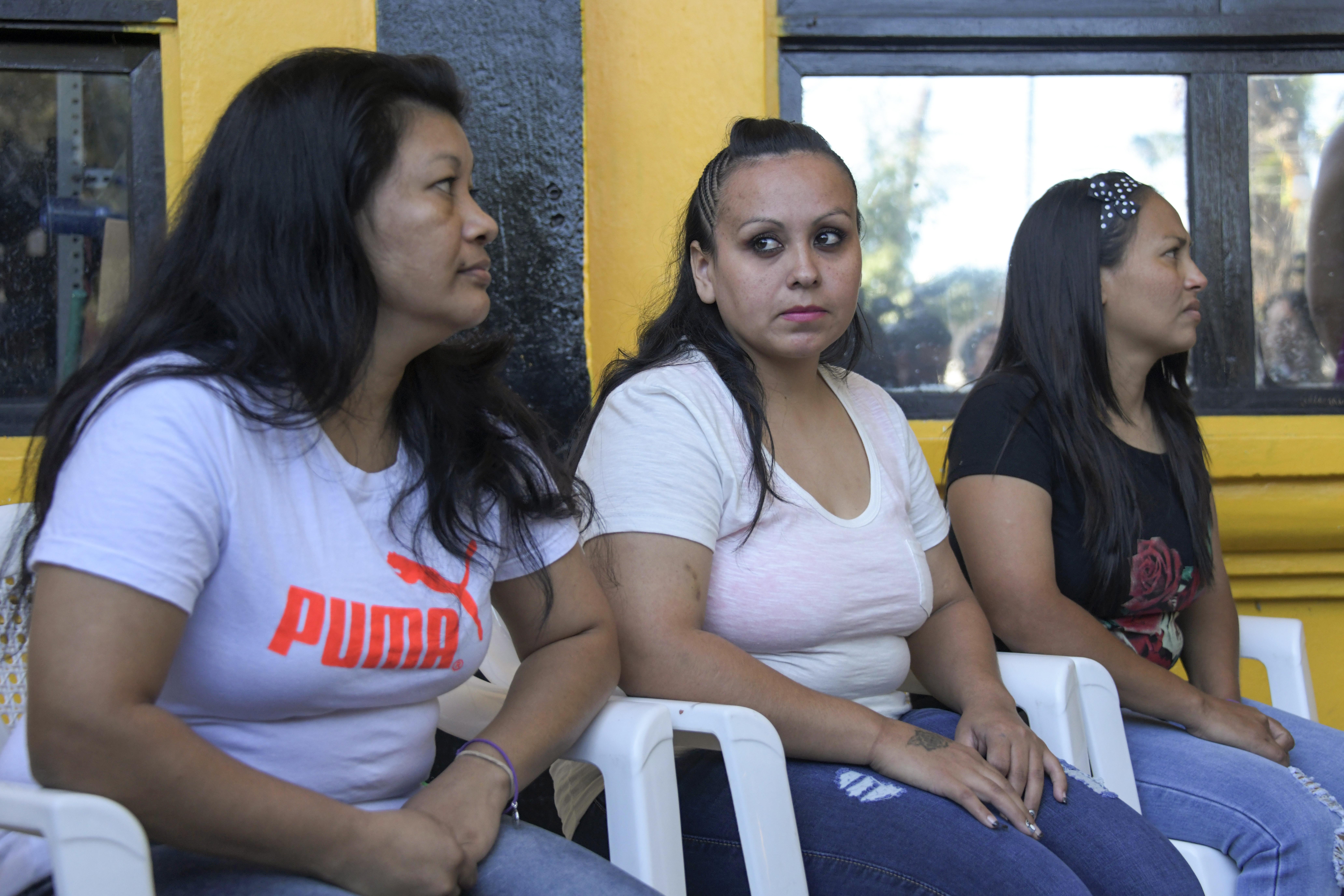 Több év után engedtek ki a börtönből három salvadori nőt, akiket abortusz miatt ítéltek el