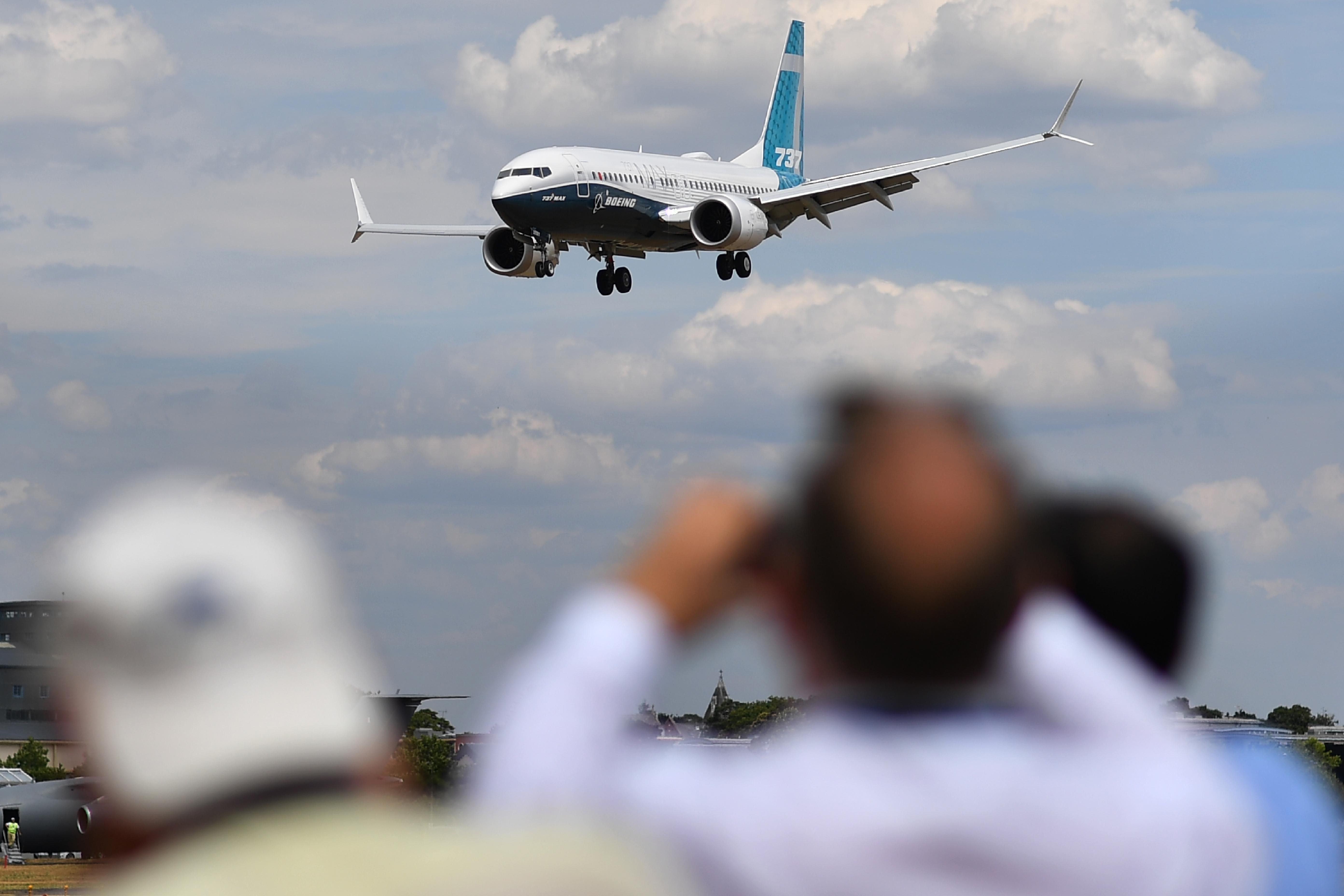 Egy hibás kapcsoló miatt elfogyhat az oxigén a Boeing 737-es gépein
