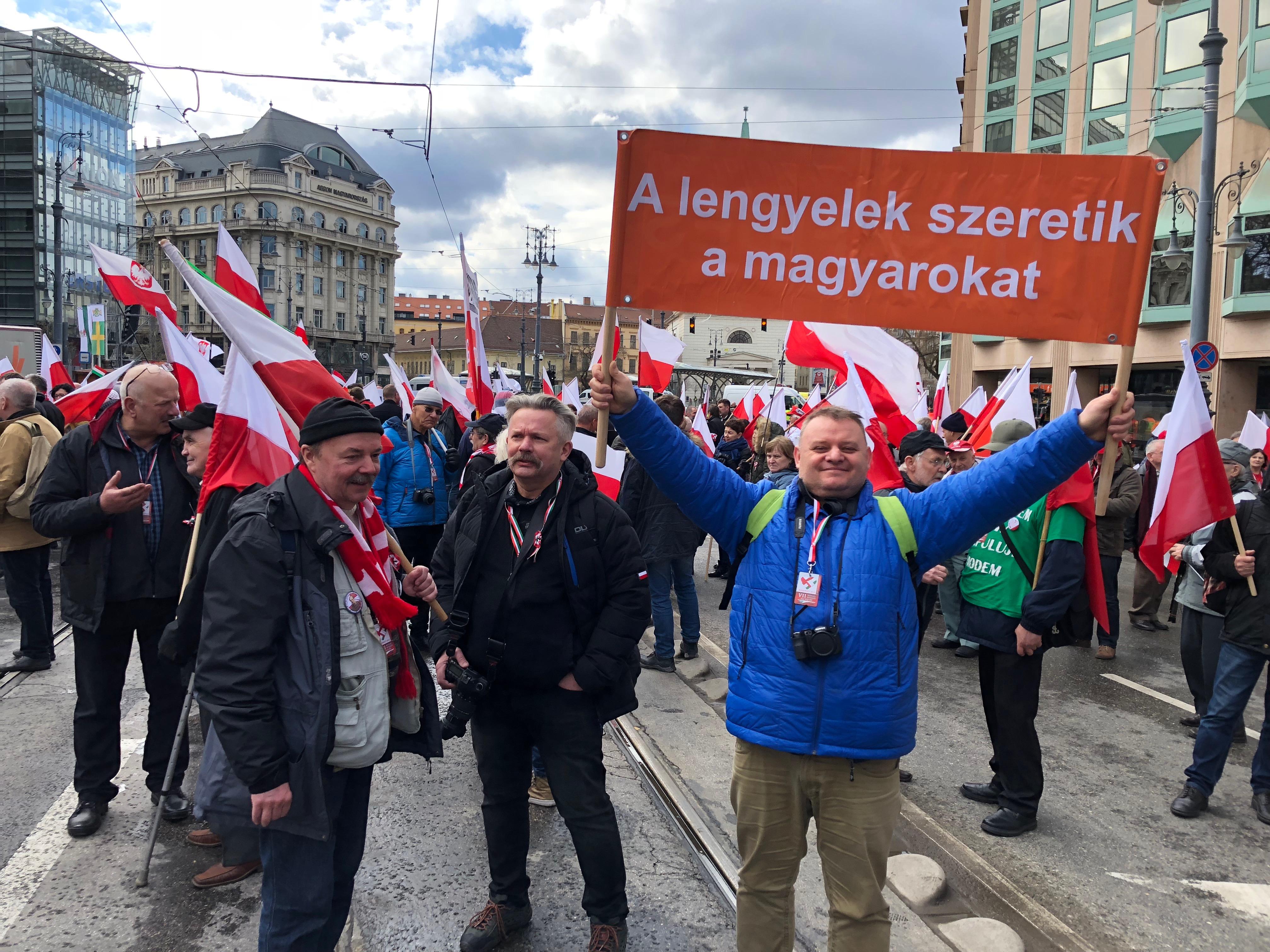 A koronavírus miatt nem jön lengyel különvonat a március 15-i ünnepségre