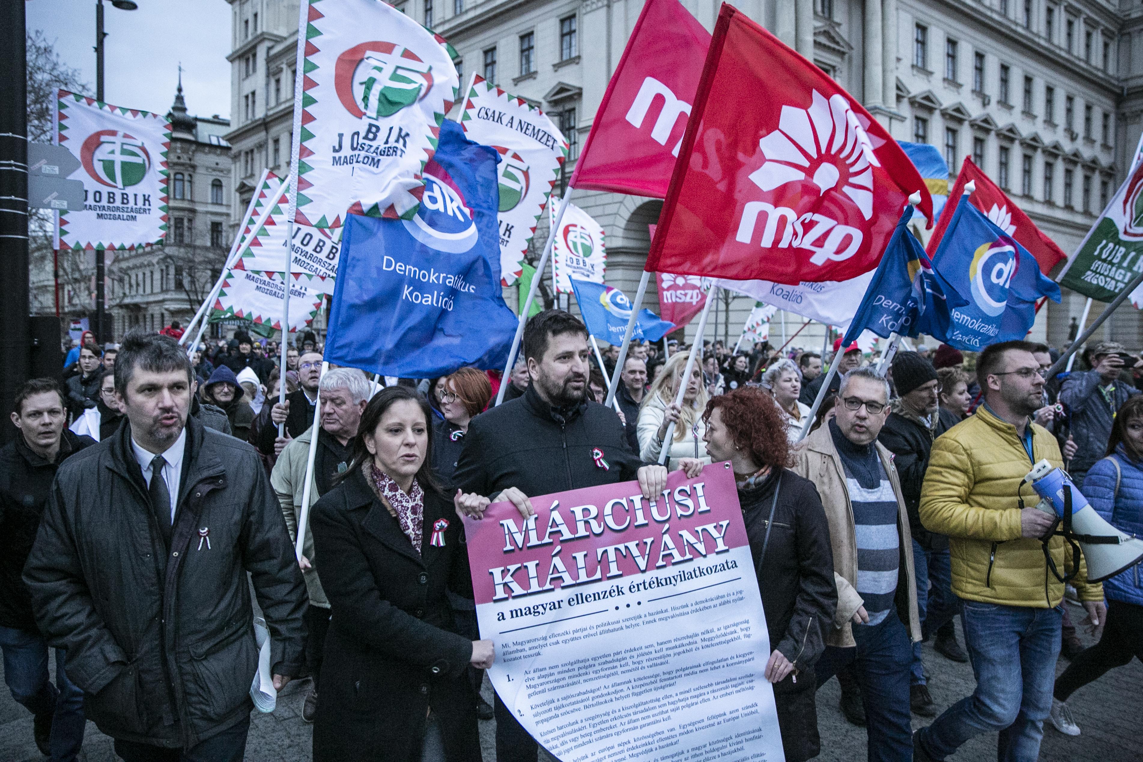 A fővárosi kerületek felében van jó esélye az ellenzéknek az önkormányzati választáson