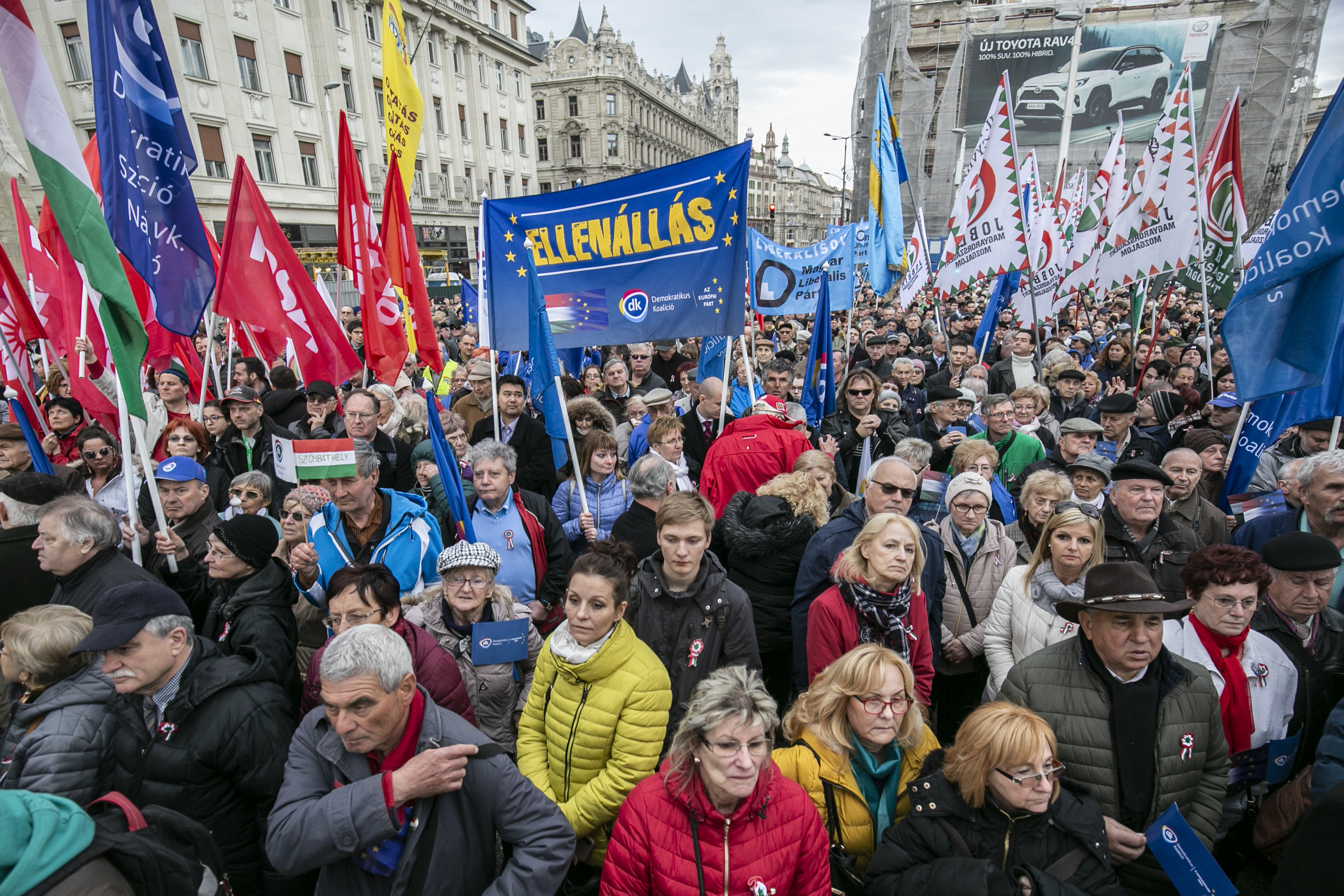 A nagyobb városokban van esélyük a közös ellenzéki jelölteknek a Fidesz ellen