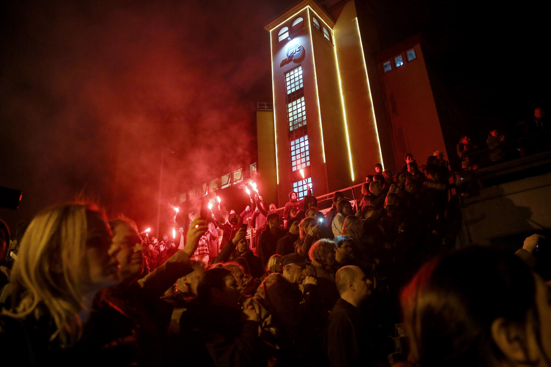 A november óta tartó tüntetéssorozat nyomására a szerb elnök jelezte: kész egyeztetni a közszolgálati televízió ügyében
