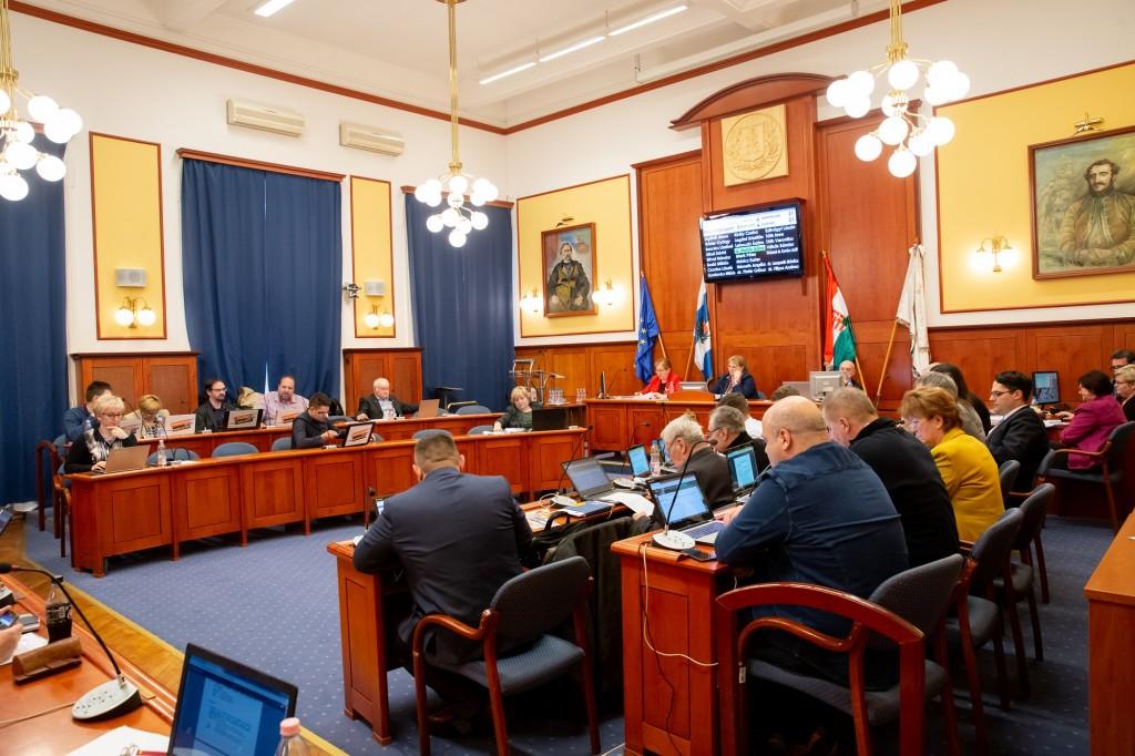 Április 1-től önmagát finanszírozhatja Budapest XV. kerülete