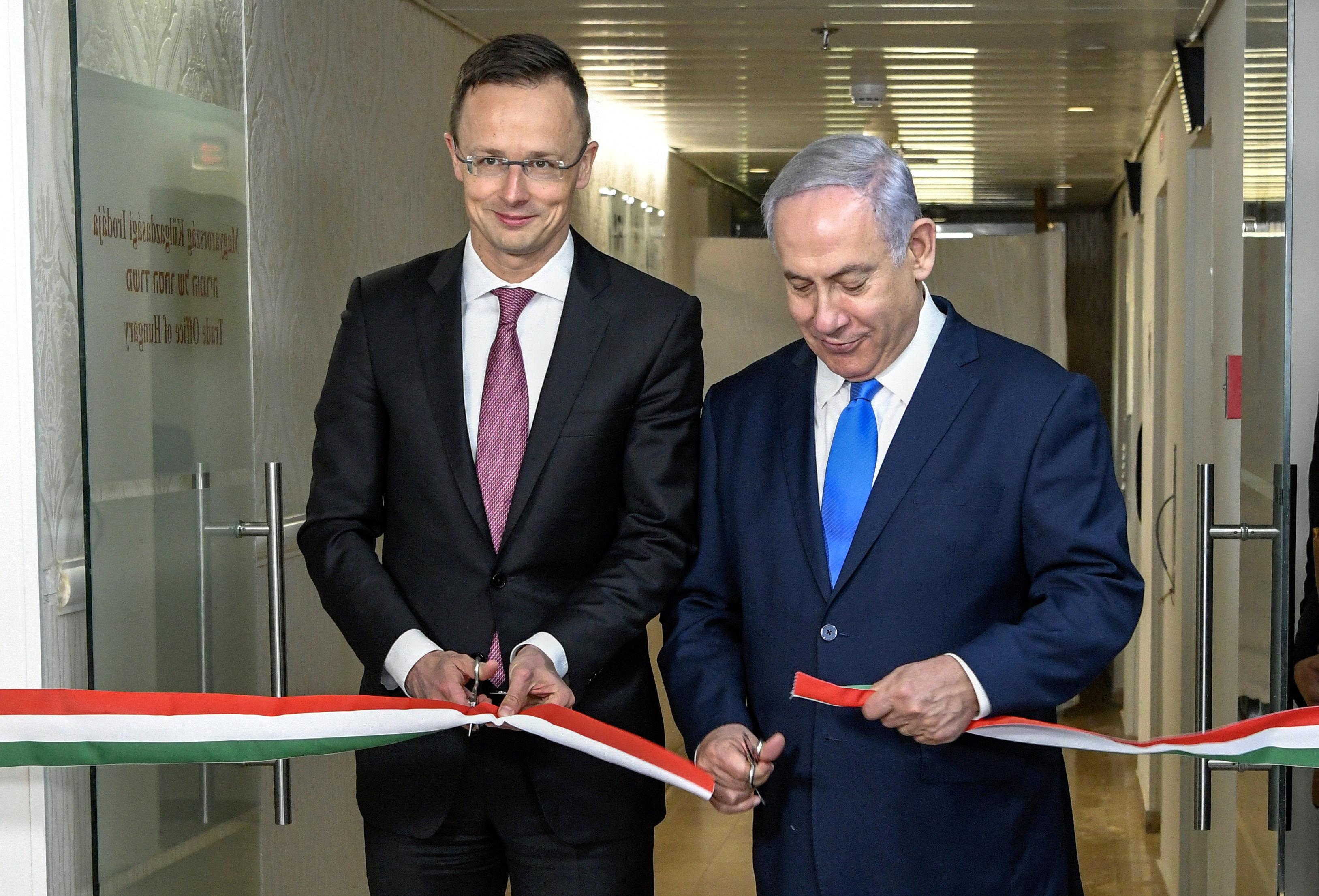 Szijjártó Netanjahuval együtt nyitott magyar külgazdasági képviseletet Jeruzsálemben
