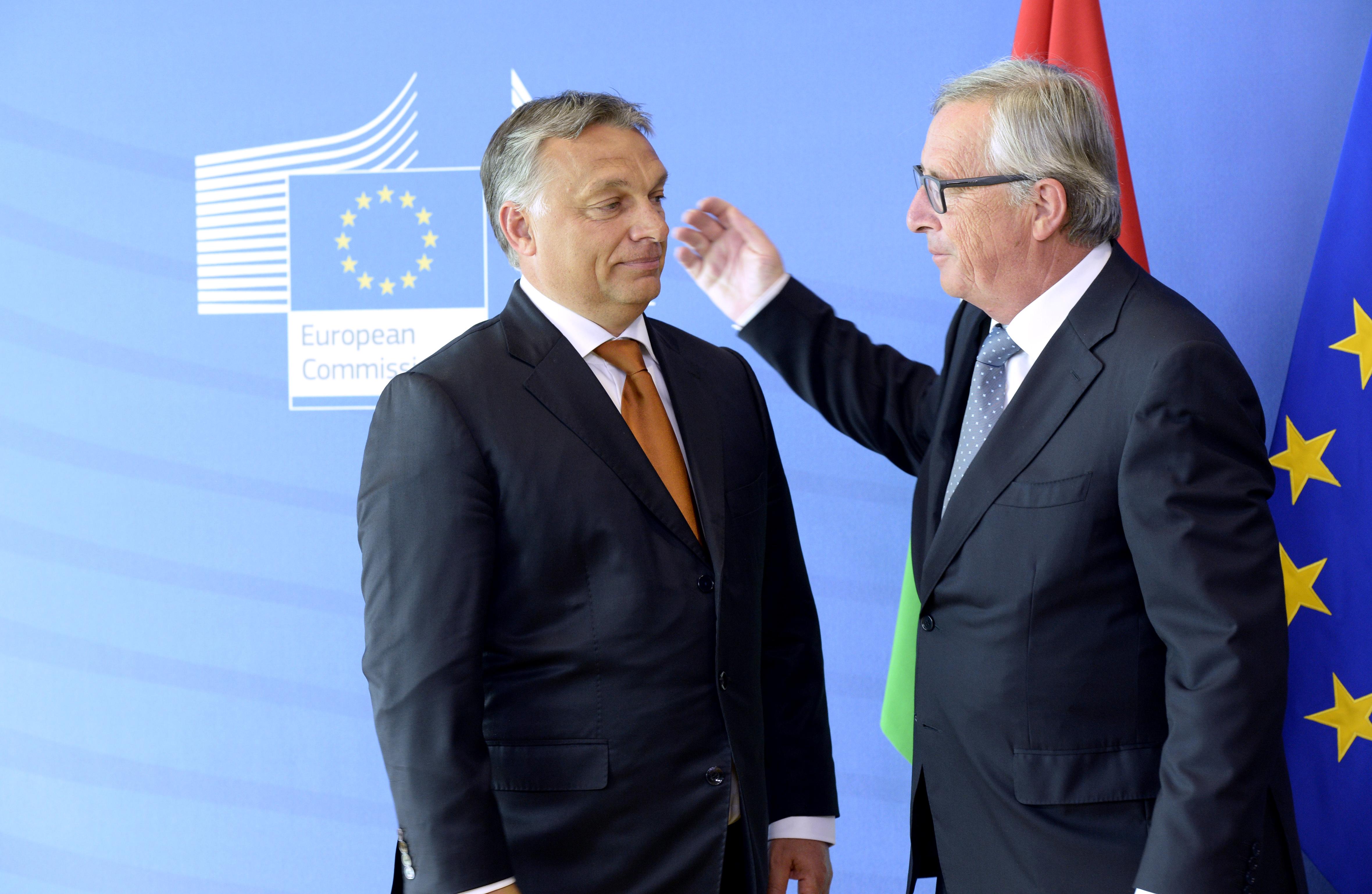 Juncker: Orbán nem európai vezető