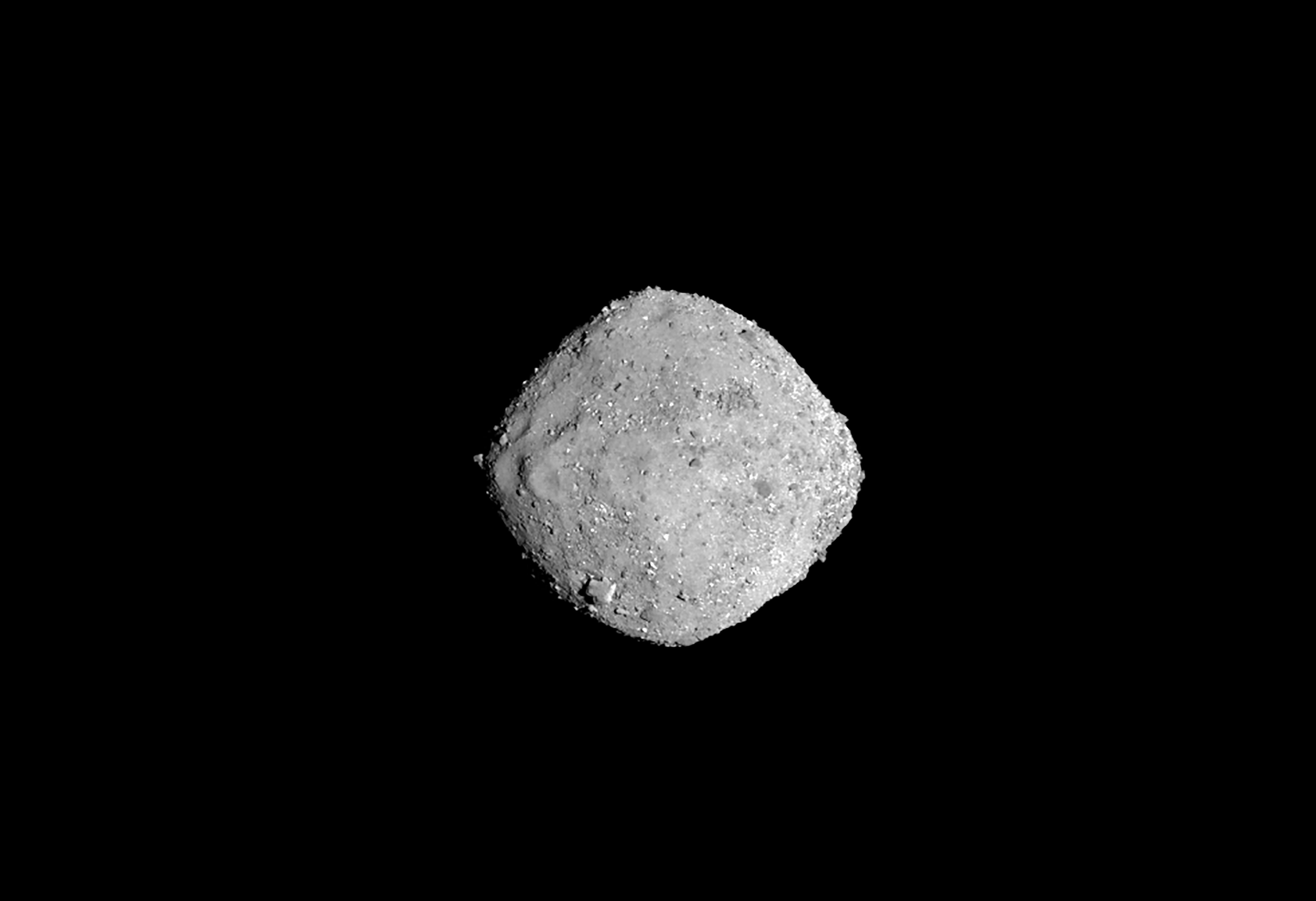 Részecske-kilökődést észlelt a Bennu kisbolygón az OSIRIS-REx űrszonda