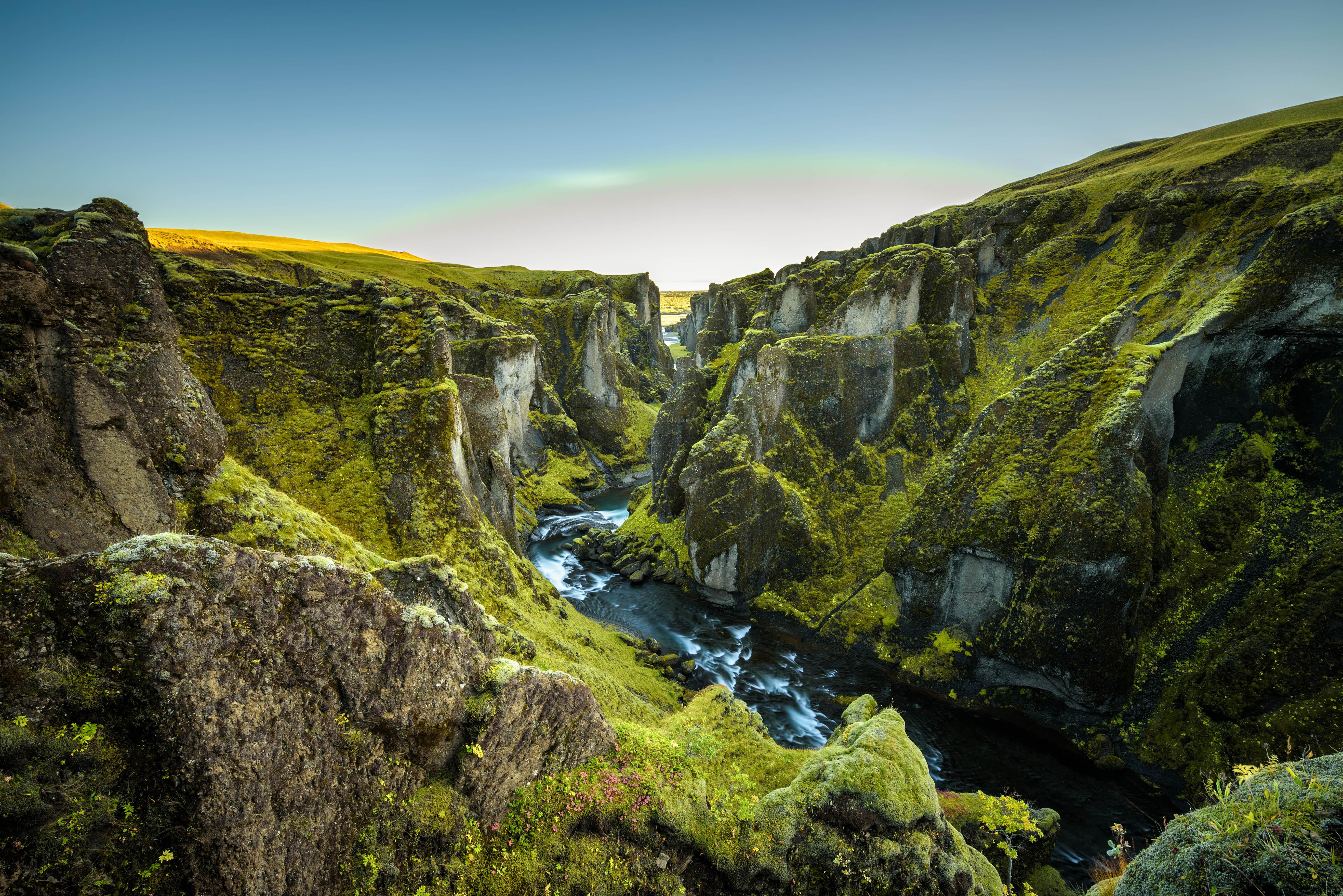 Lezárják a mesebeli kanyont Izlandon, mert különben a turisták elpusztítják