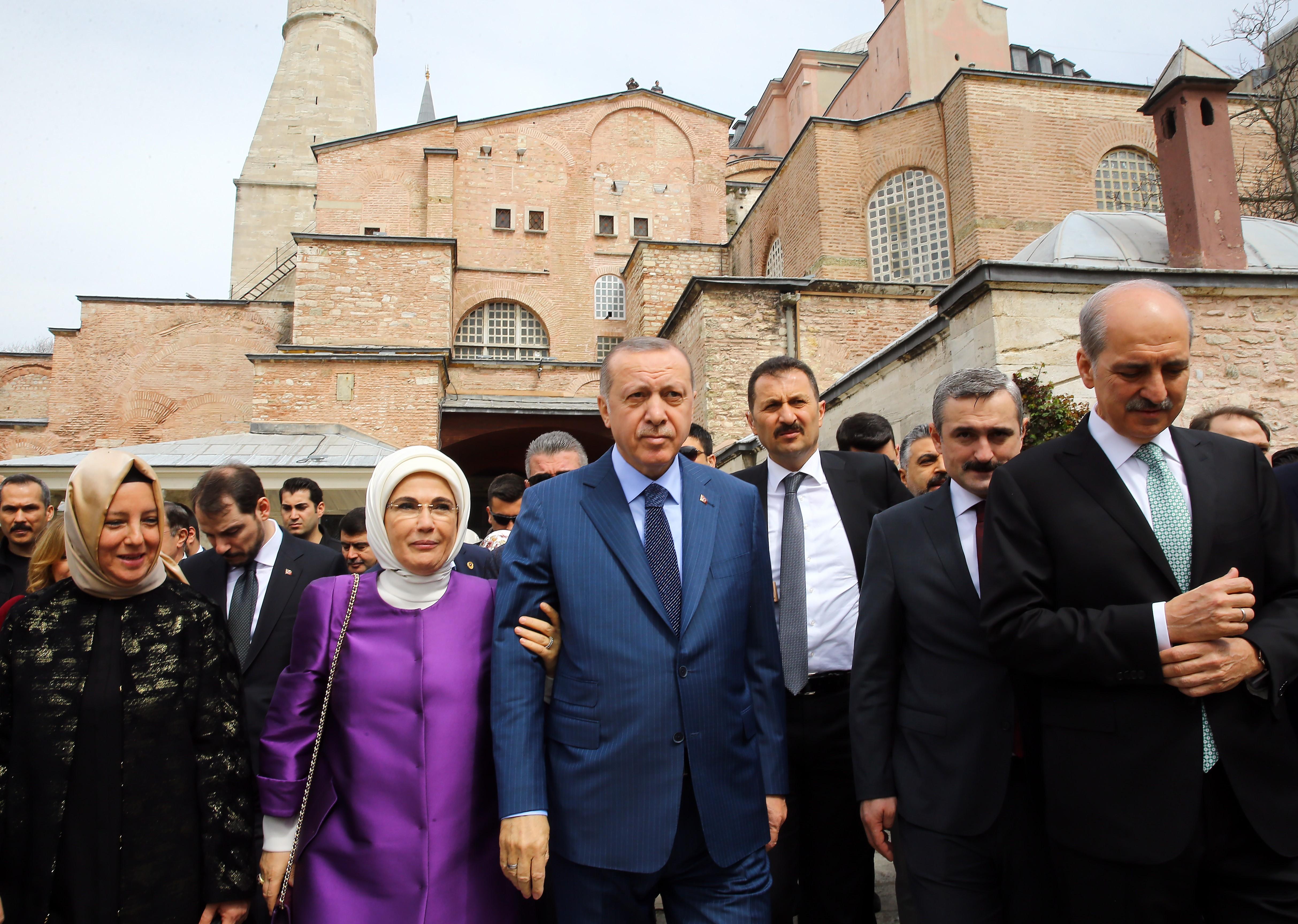 Erdogan kampányígérete: ismét mecsetté alakítaná a Hagia Sophiát