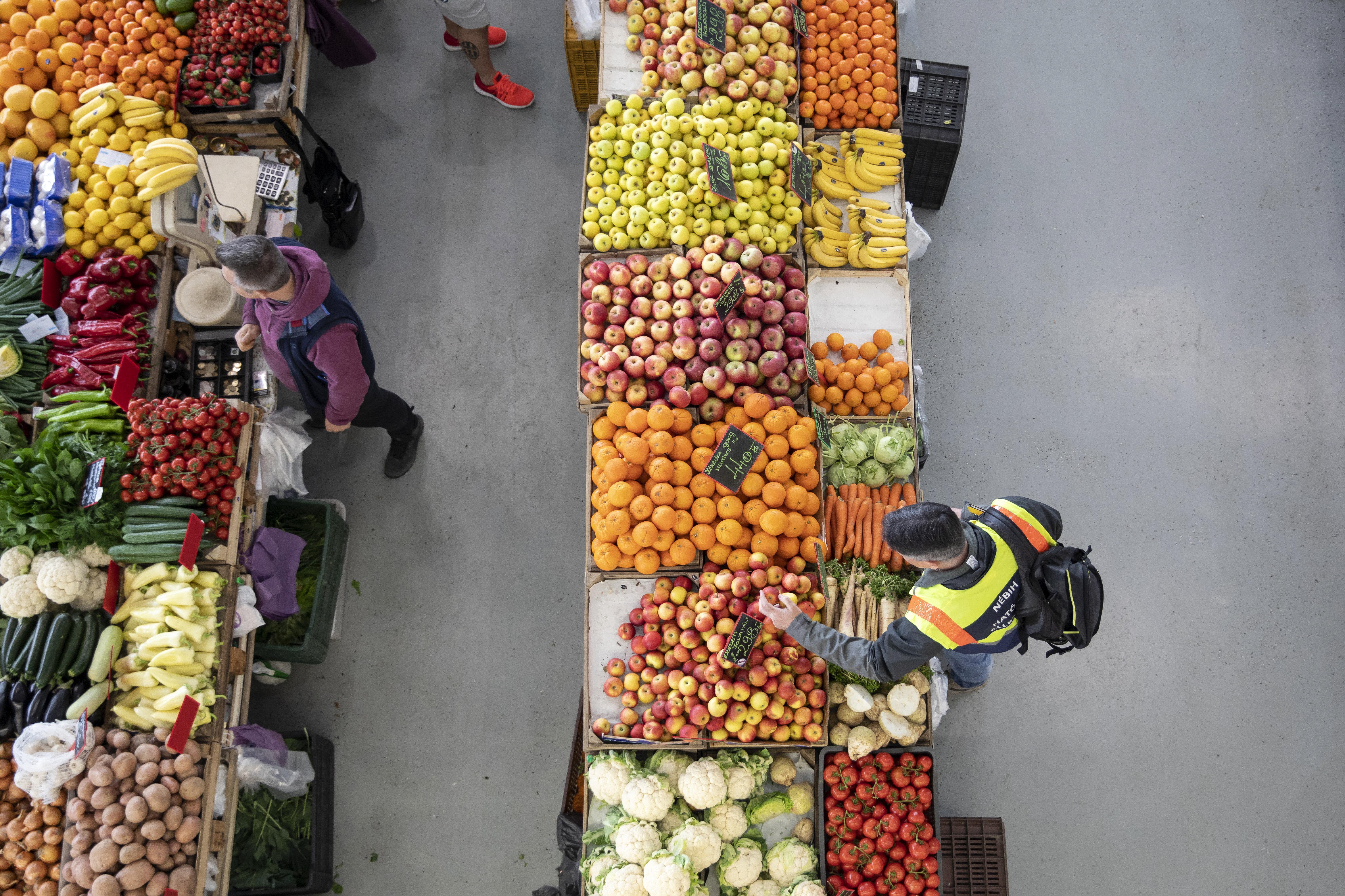 7,9 százalékkal drágultak az élelmiszerek tavalyhoz képest