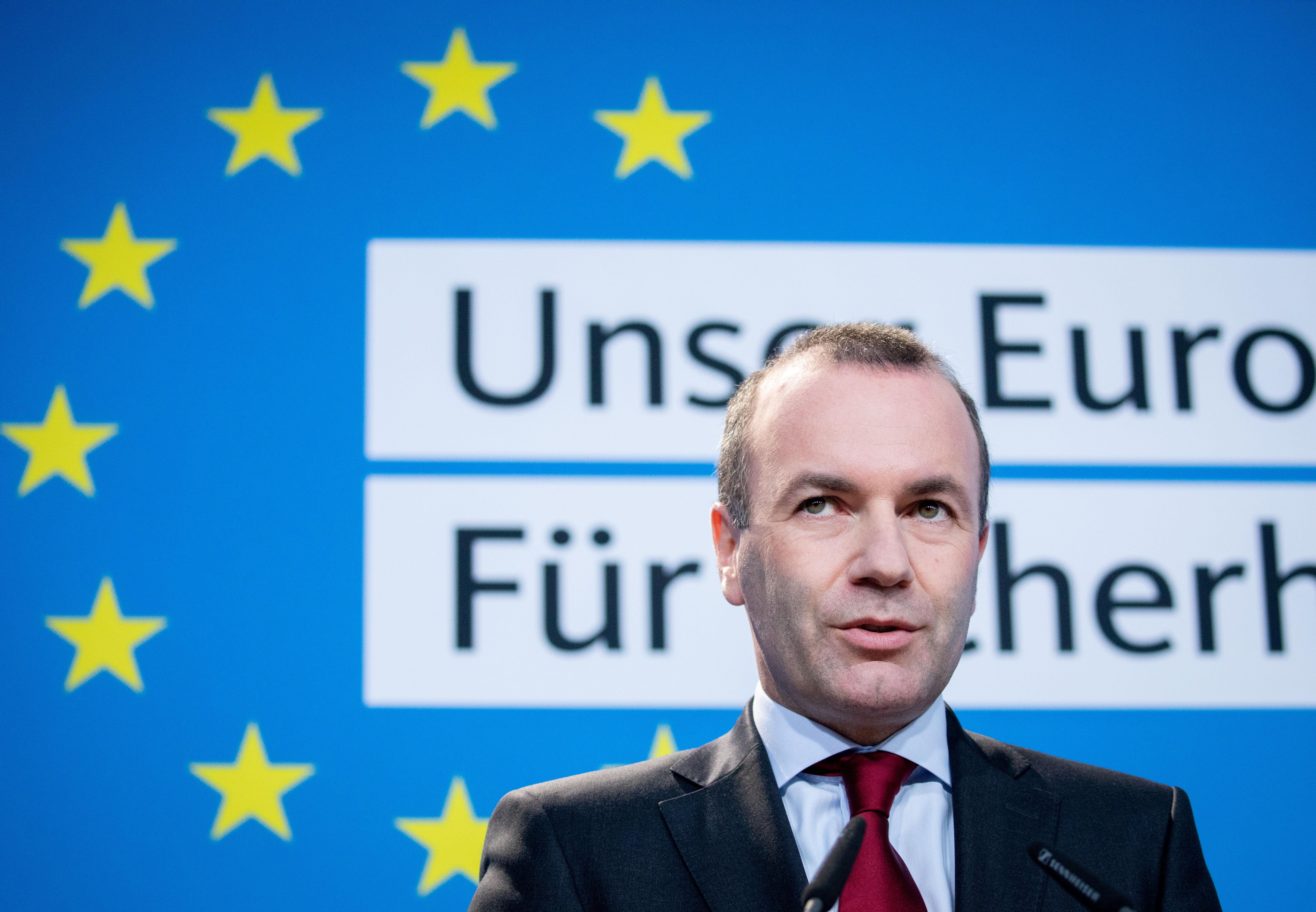 Weber inkább nem lesz bizottsági elnök, ha ezt csak a Fidesz szavazataival érheti el