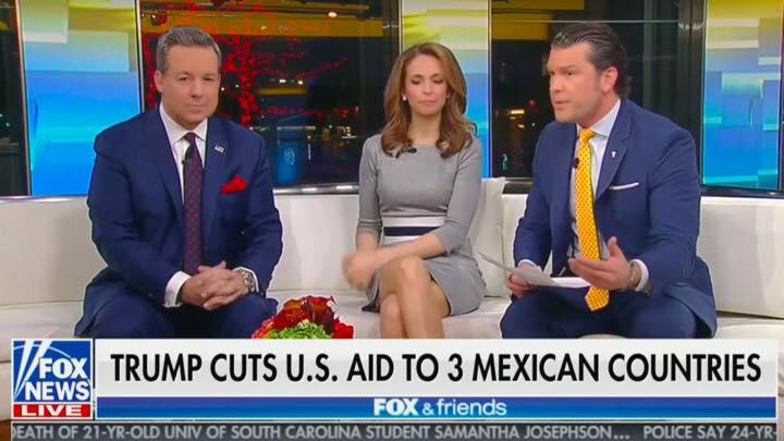 """A Fox News elnézést kér a """"három mexikói ország"""" címért"""