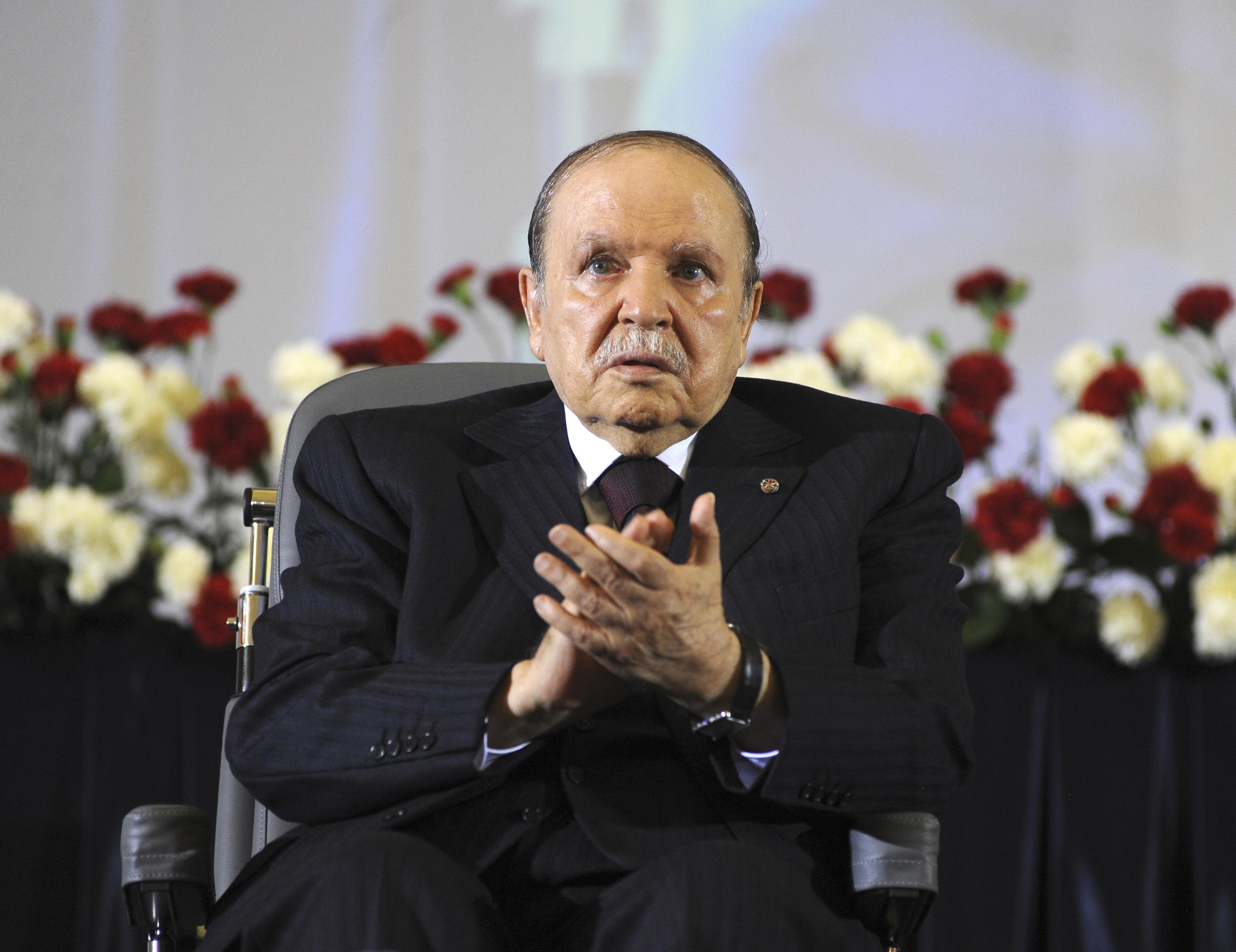 Meghalt Abdelaziz Bouteflika, aki két évtizedig volt Algéria elnöke