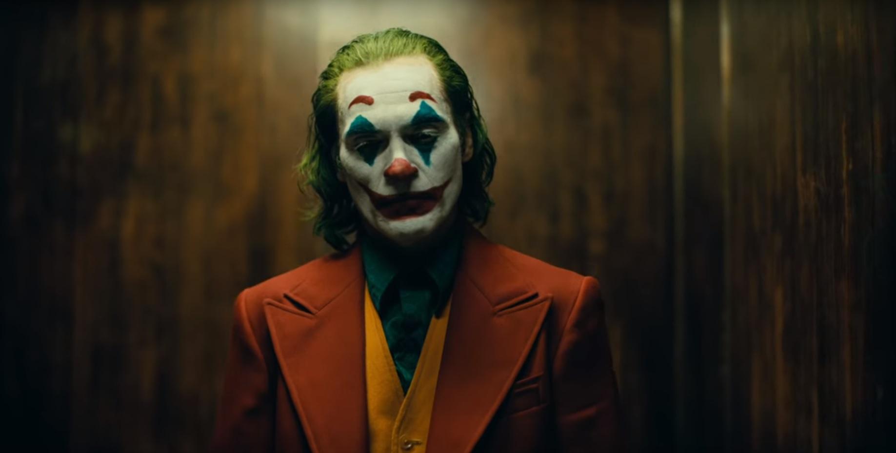 Kijött az első előzetes Joaquin Phoenix Joker filmjéhez