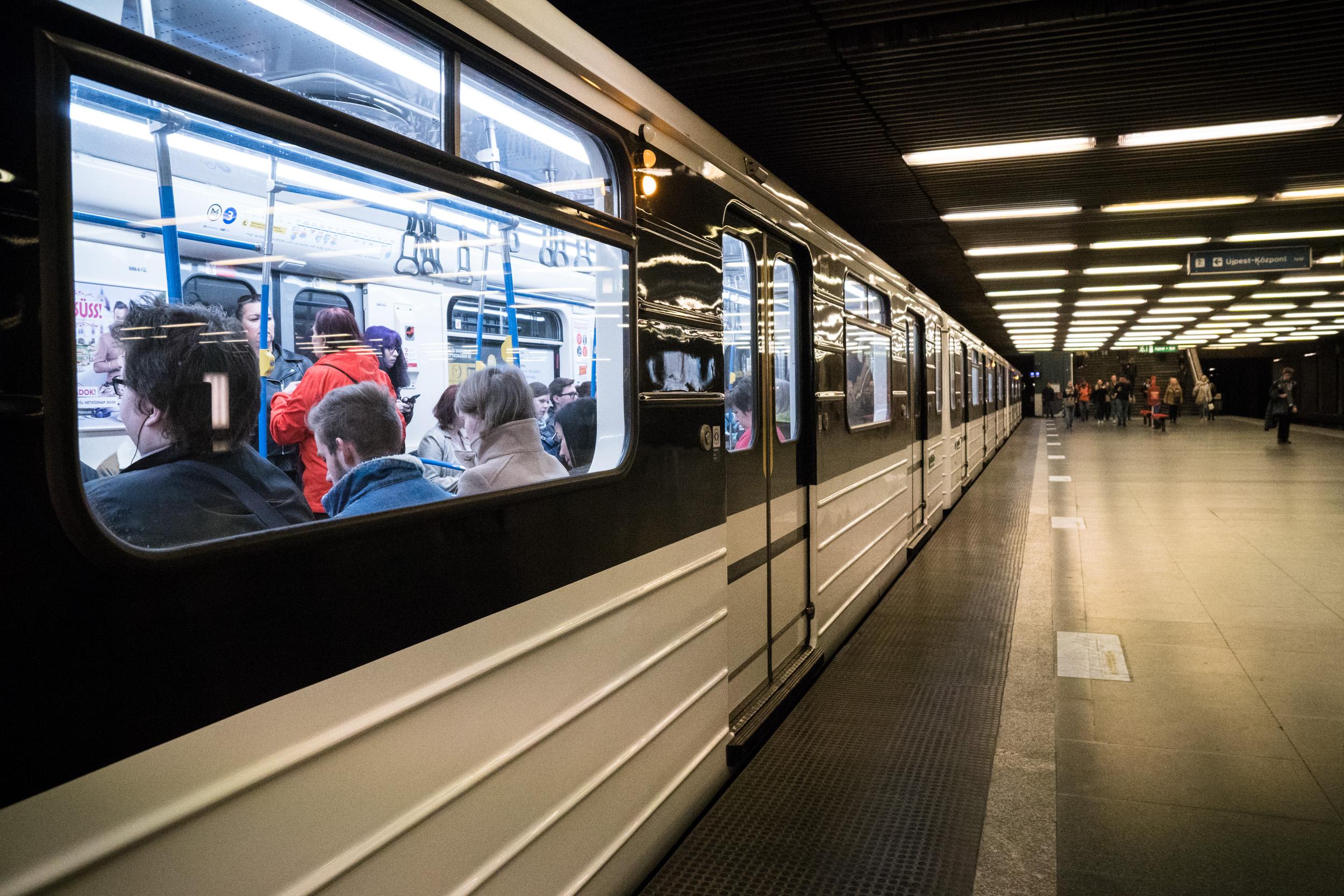 Itt a hosszú hétvége, átalakul a tömegközlekedés