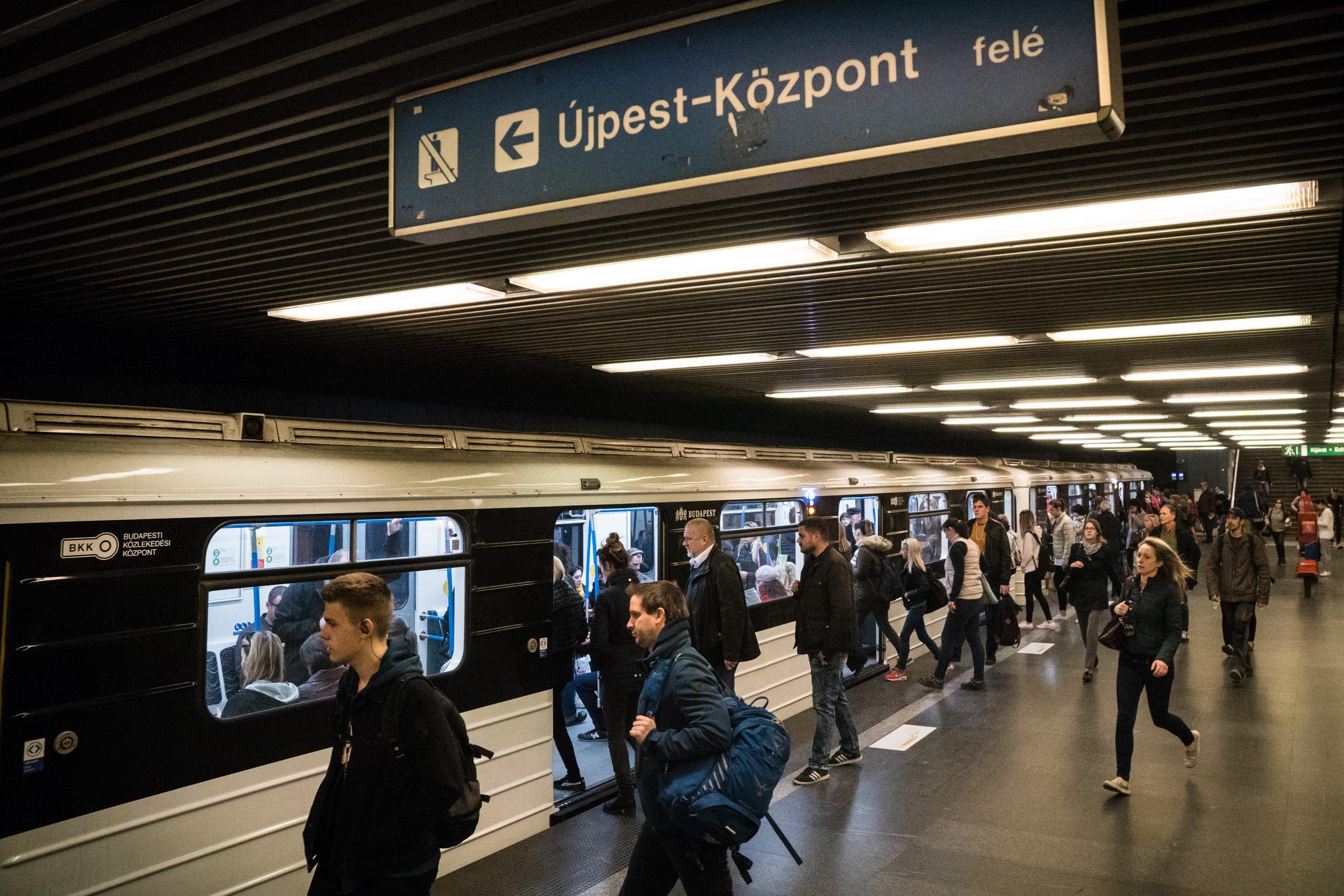 Senki ne feledje, szombaton indul a 3-as metró felújításának déli üteme!