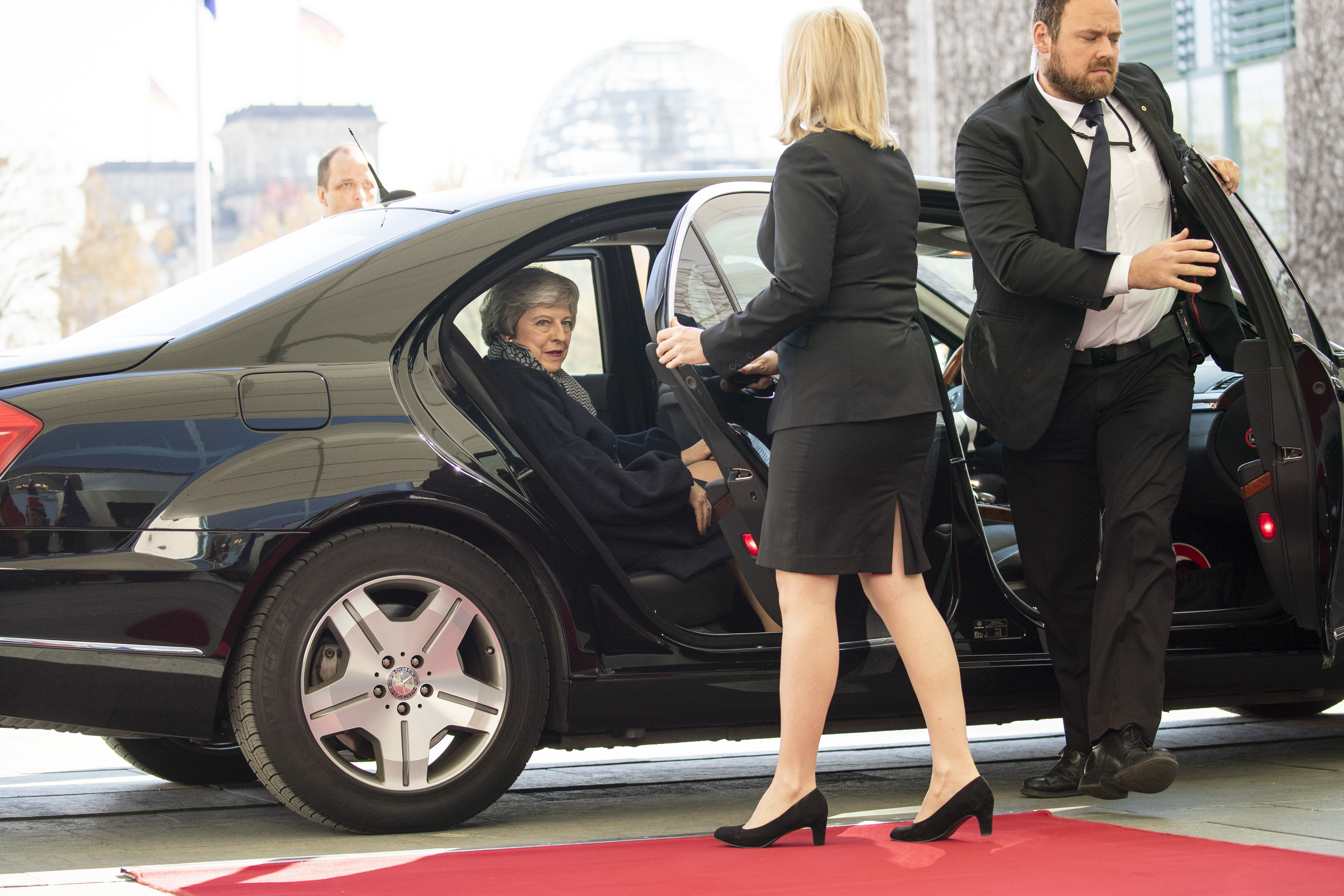 Theresa Maynek nincs szerencséje, amikor Merkelhez megy