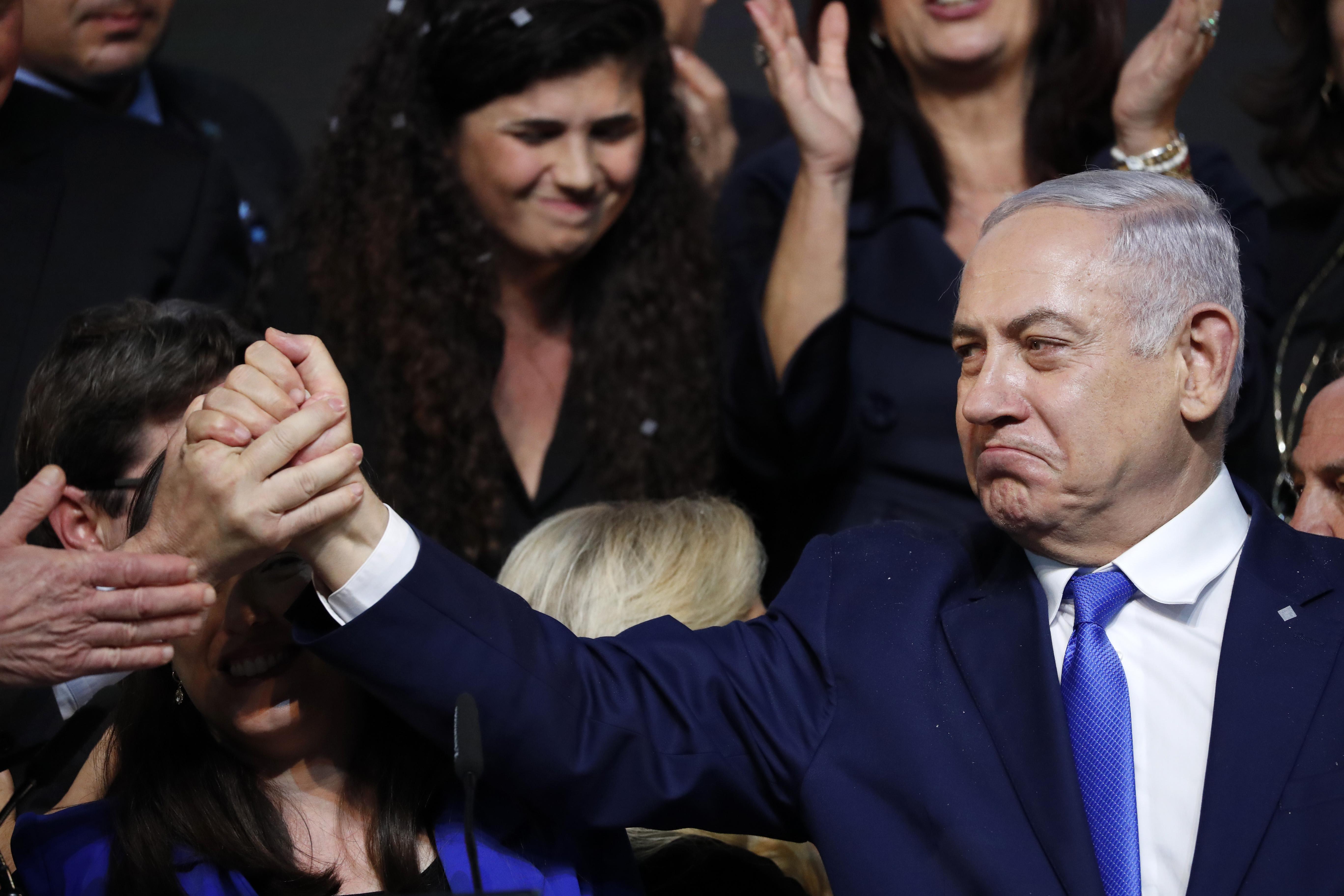 Végül Netanjáhú nyerte az izraeli választásokat