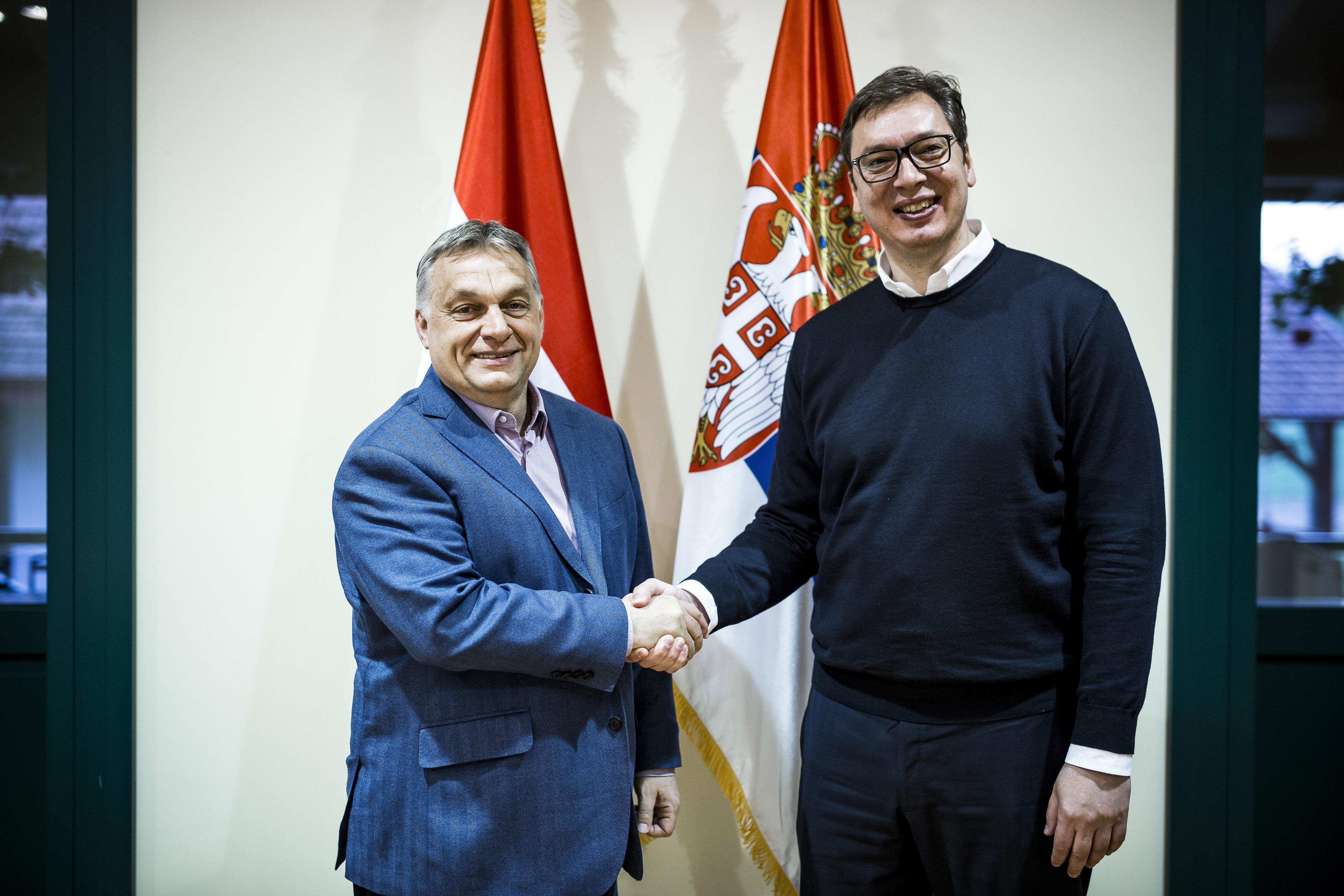 Vucic: A KFOR magyar tagjai közbe akartak lépni Koszovóban, de a parancsnok visszahívta őket, mondván, korrupció elleni harcról van szó