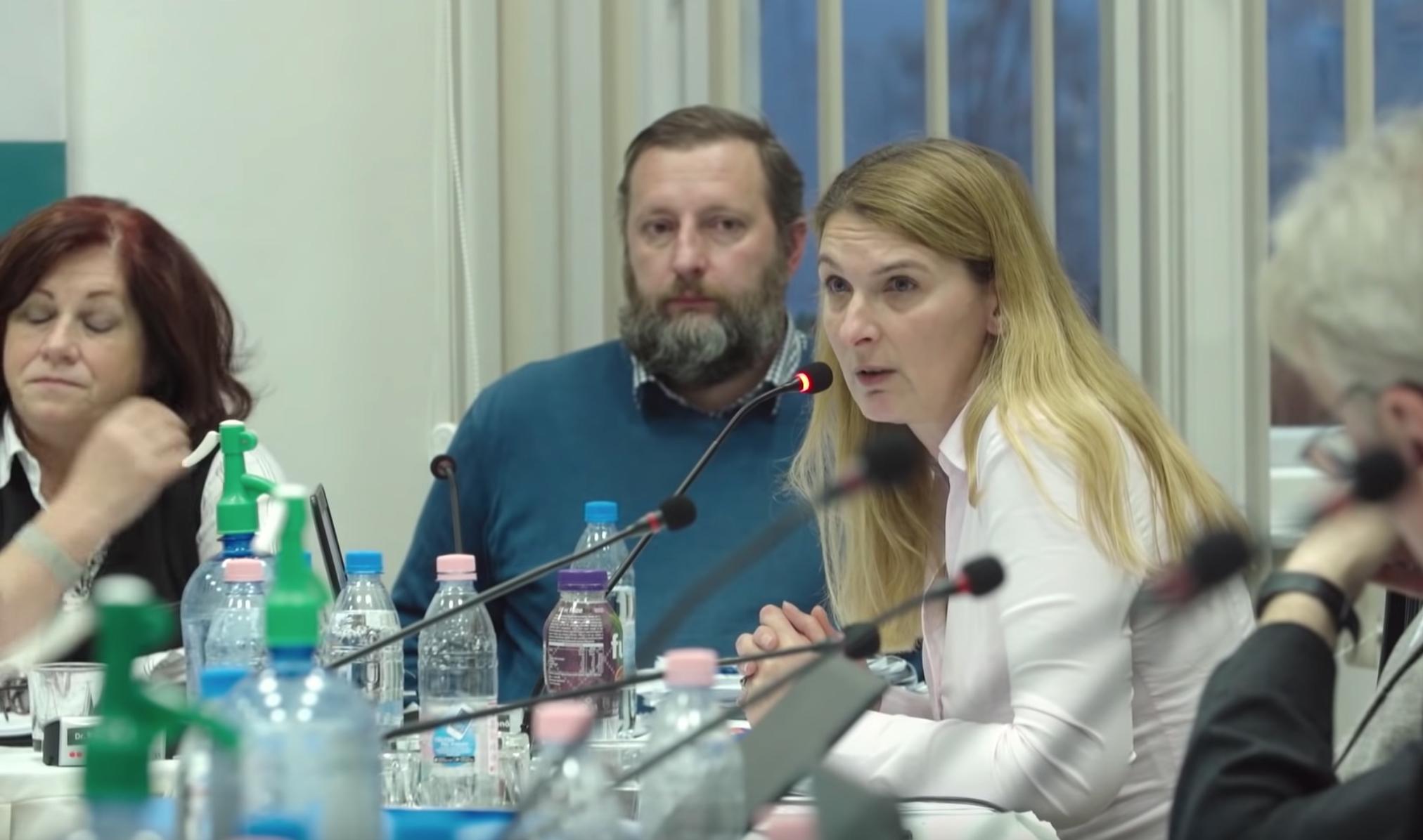 A Kutyapárt beállt Baranyi Krisztina mögé, mindenki mindenki ellen Ferencvárosban
